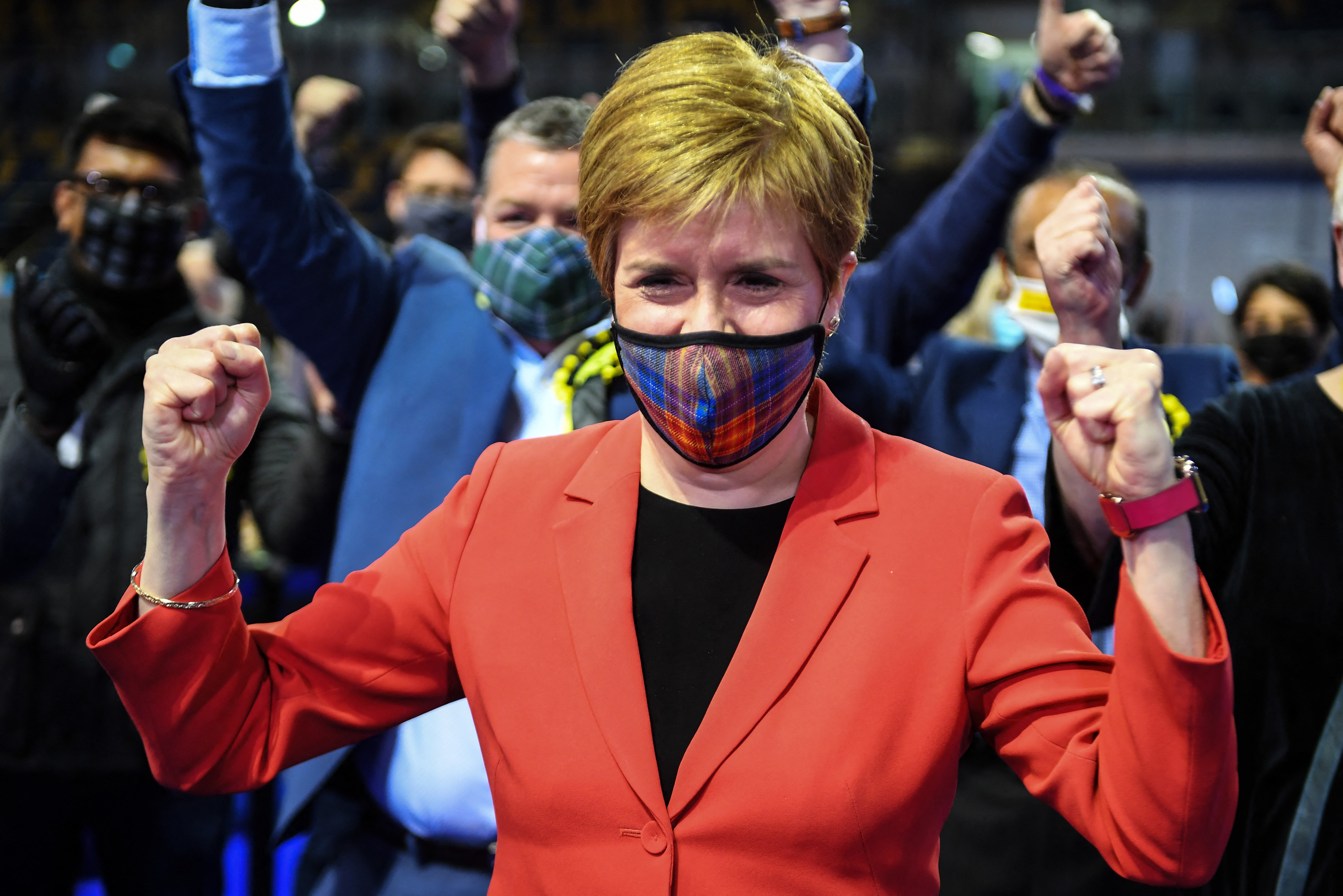 Függetlenségpárti parlamentet választottak a skótok