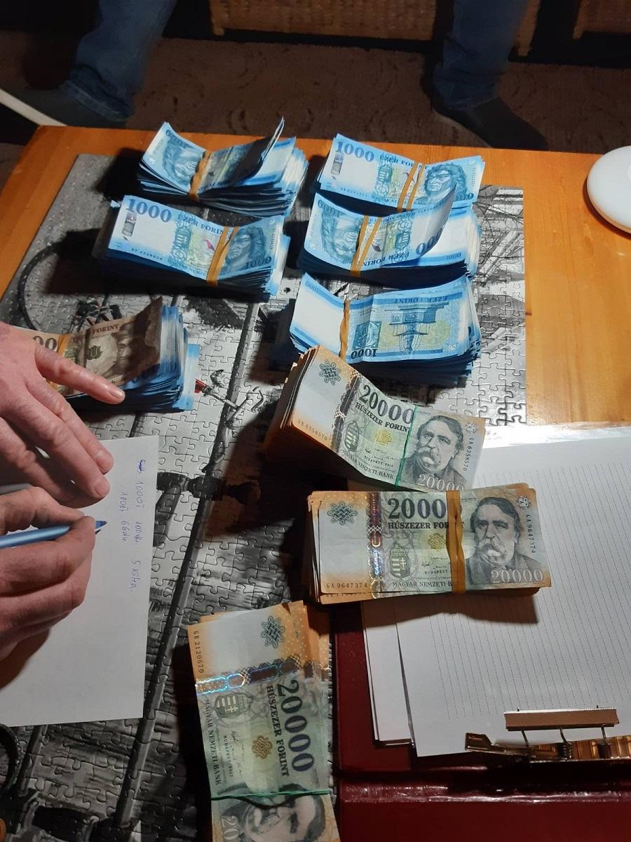 Majdnem 5 milliót lopott ki egy karbantartó a MÁV automatáiból