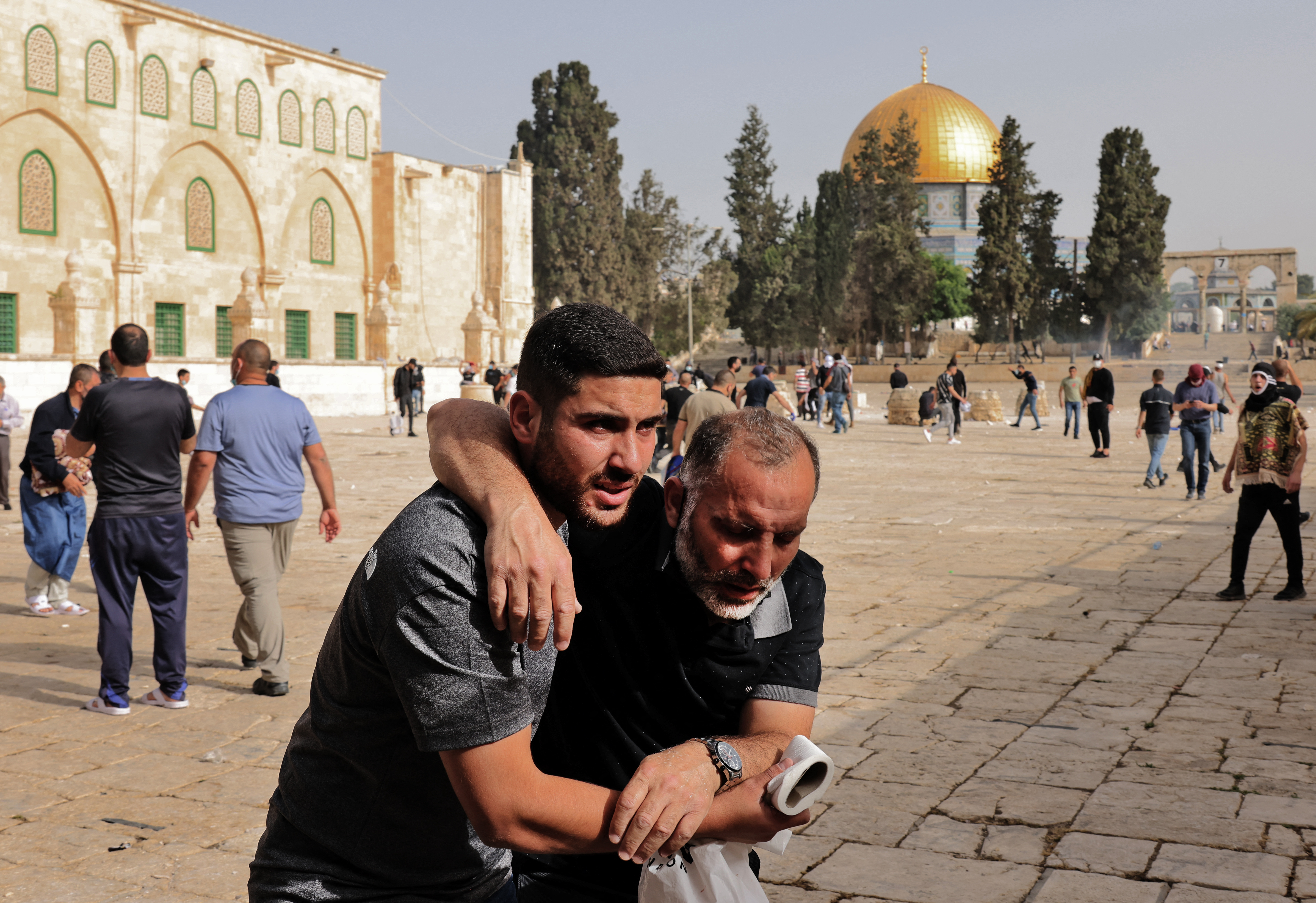 Több ezer palesztin barikádozta el magát Jeruzsálem óvárosában