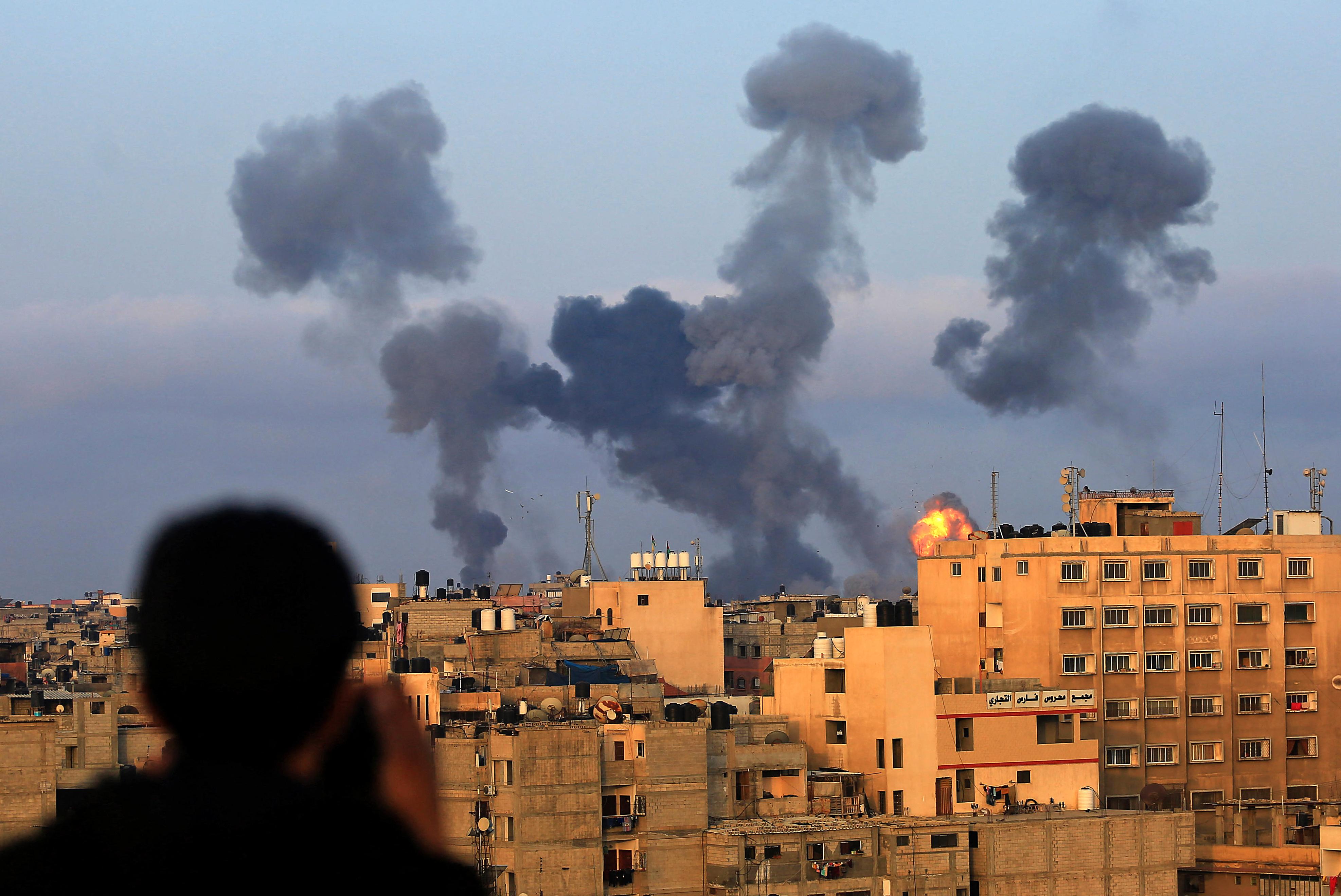 Izrael kedden újabb légicsapásokat mért a Gázai övezetre