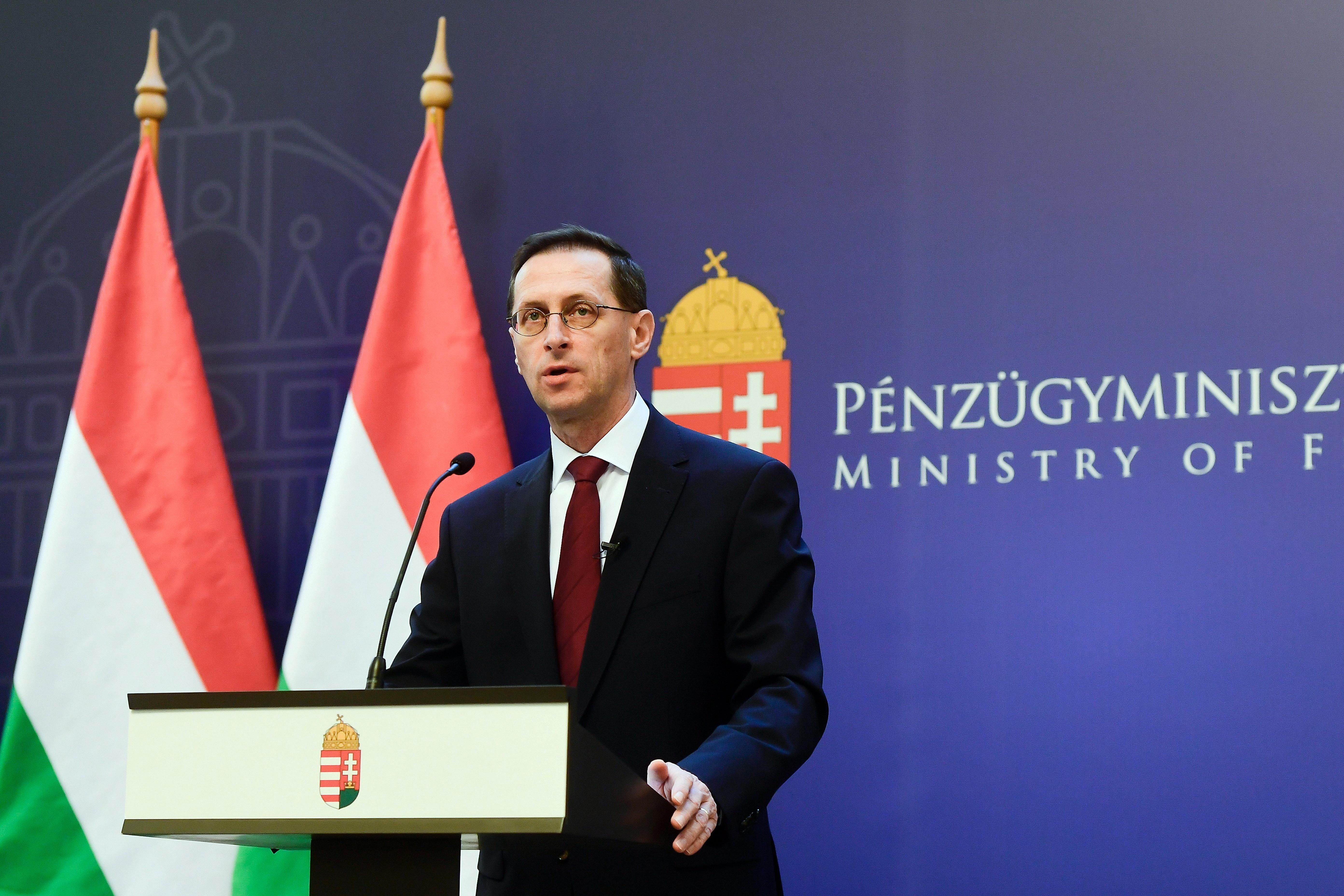 Varga Mihály: Jövőre is folytatódnak az adócsökkentések és adóegyszerűsítések