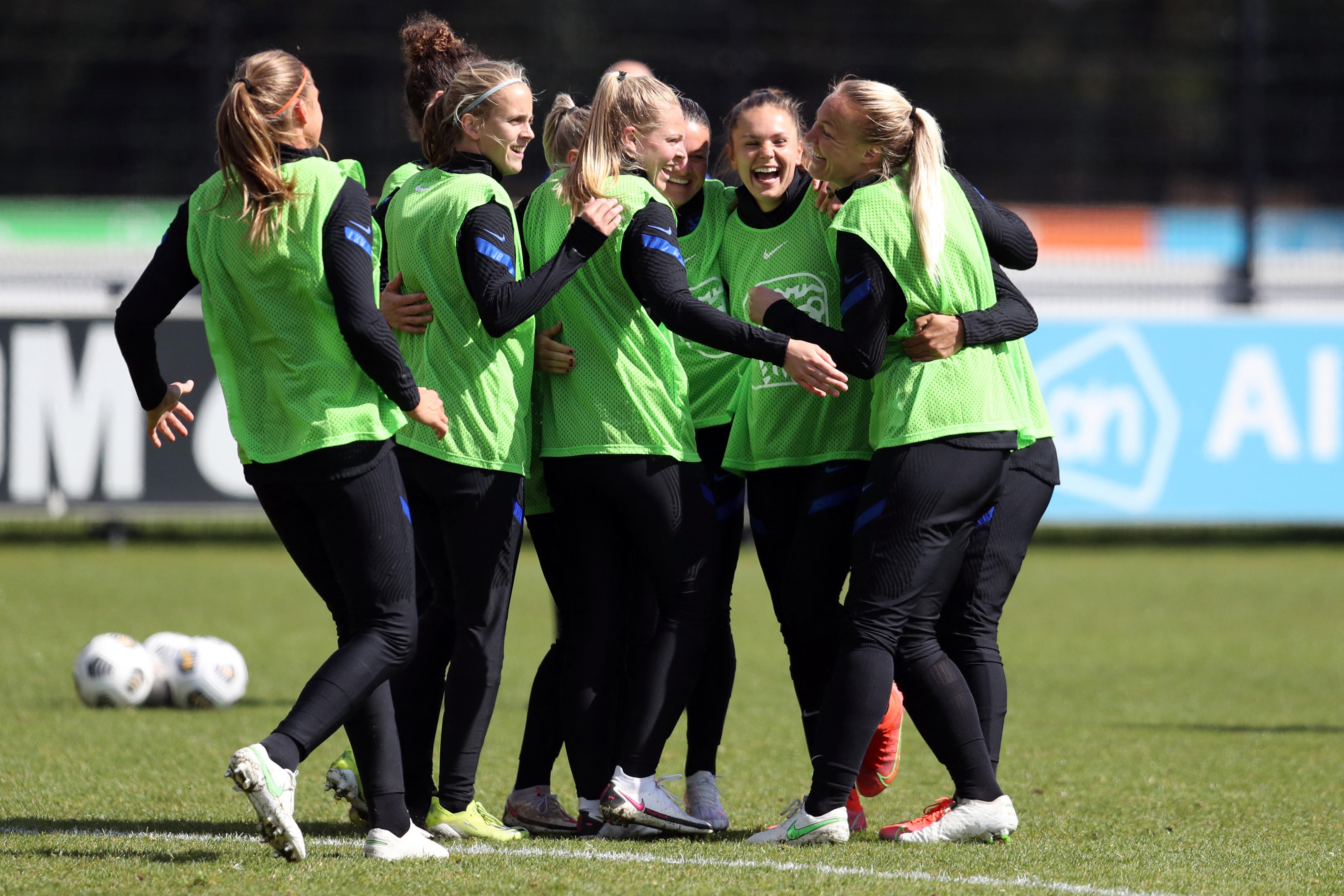 Nők és férfiak együtt léphetnek pályára a holland amatőr labdarúgó-bajnokságokban