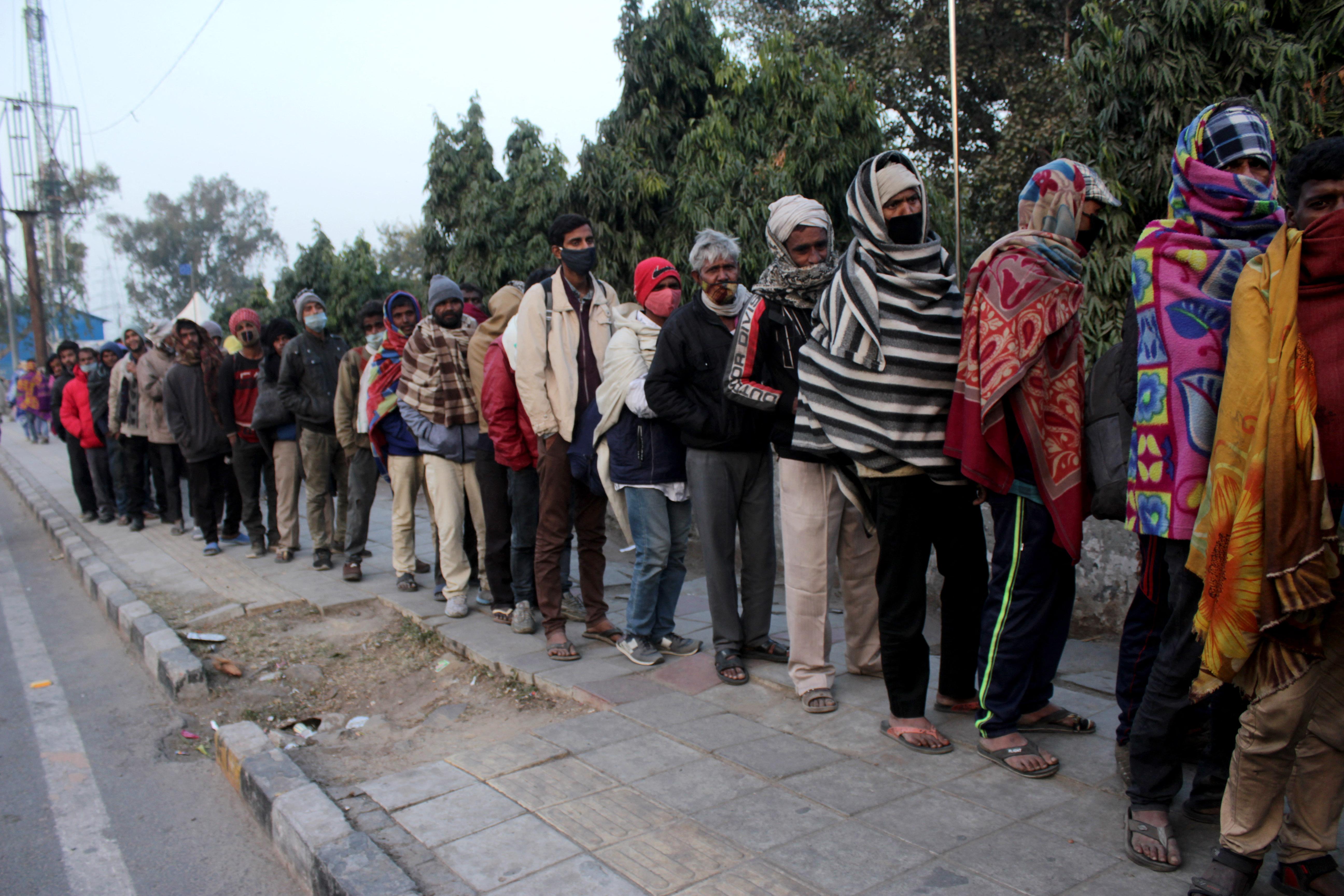 Hajléktalanként szinte lehetetlen oltáshoz jutni Indiában