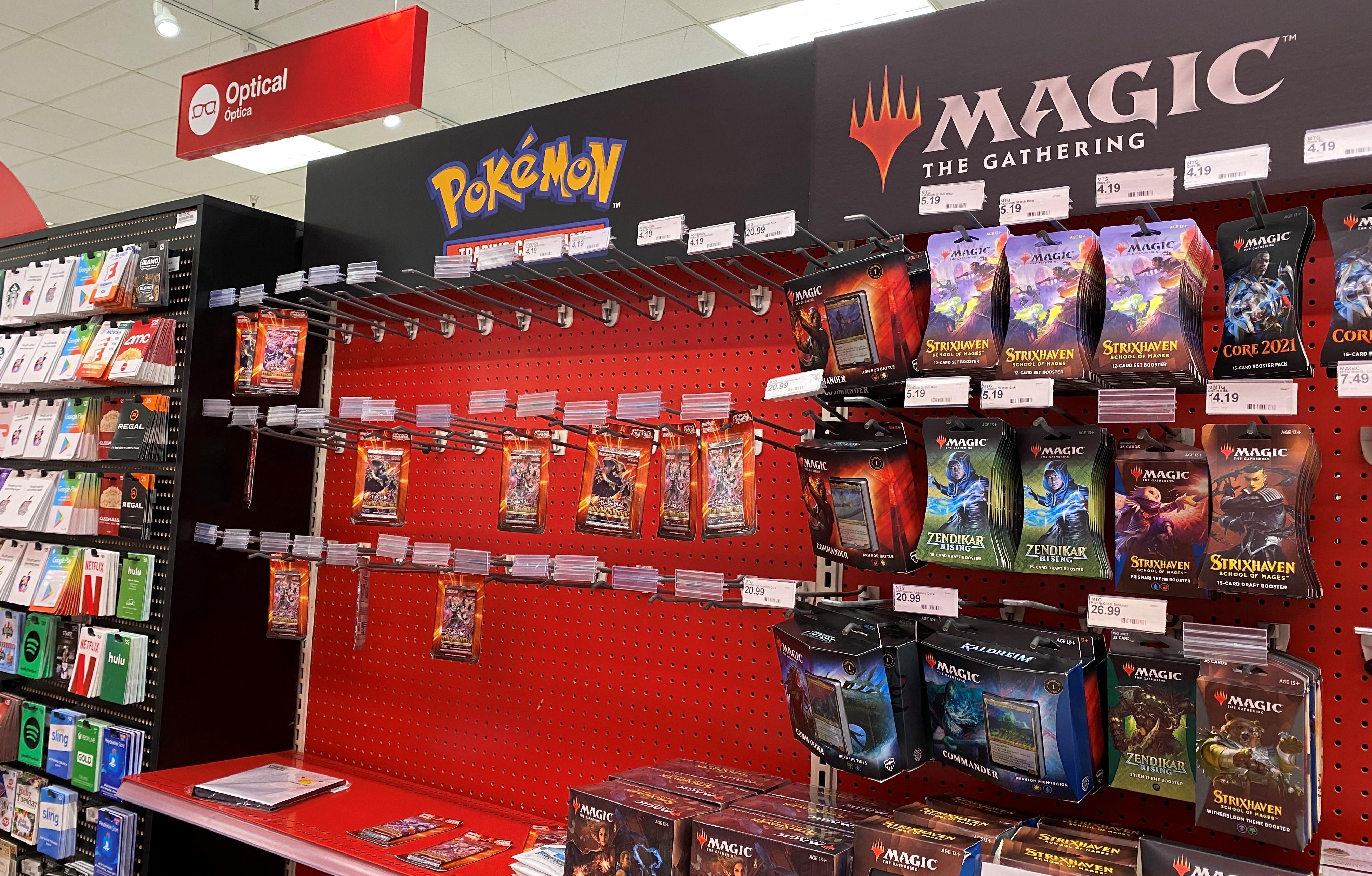 Pokémonos gyűjtőkártyák miatt rántott fegyvert egy vásárló egy wisconsini szupermarketban