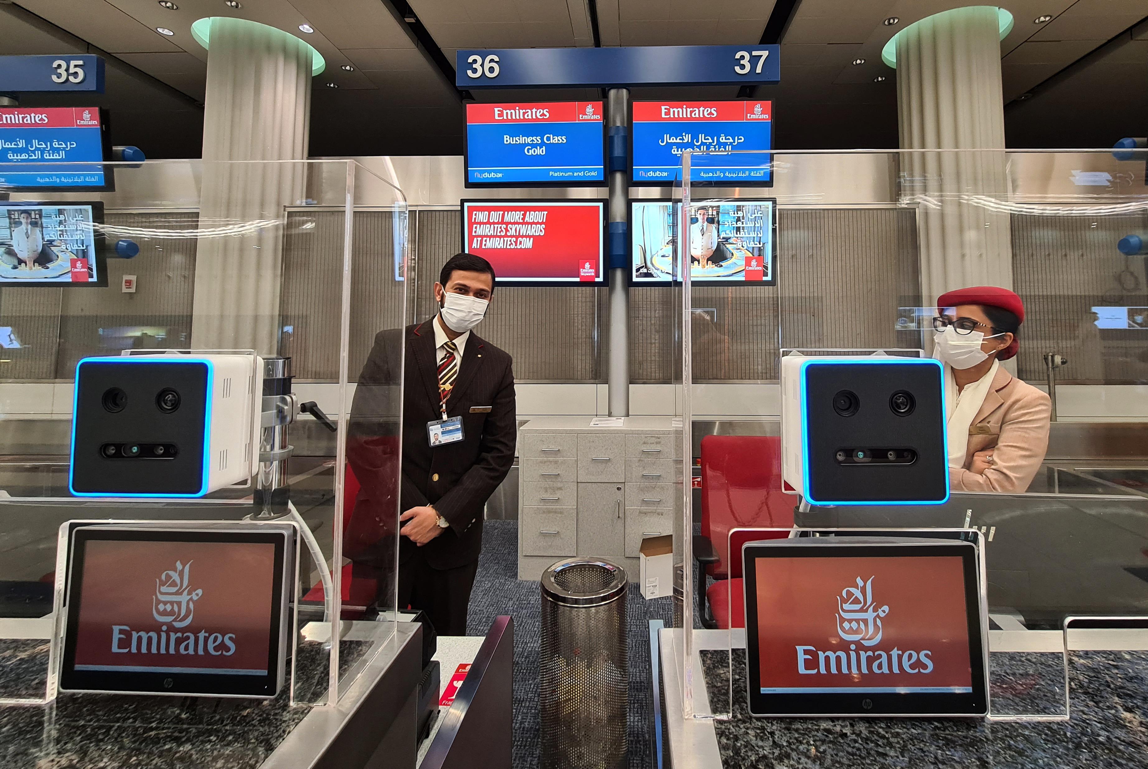A Dubai reptér vezérigazgatója szerint nincs alternatívája a vakcinaútlevélnek