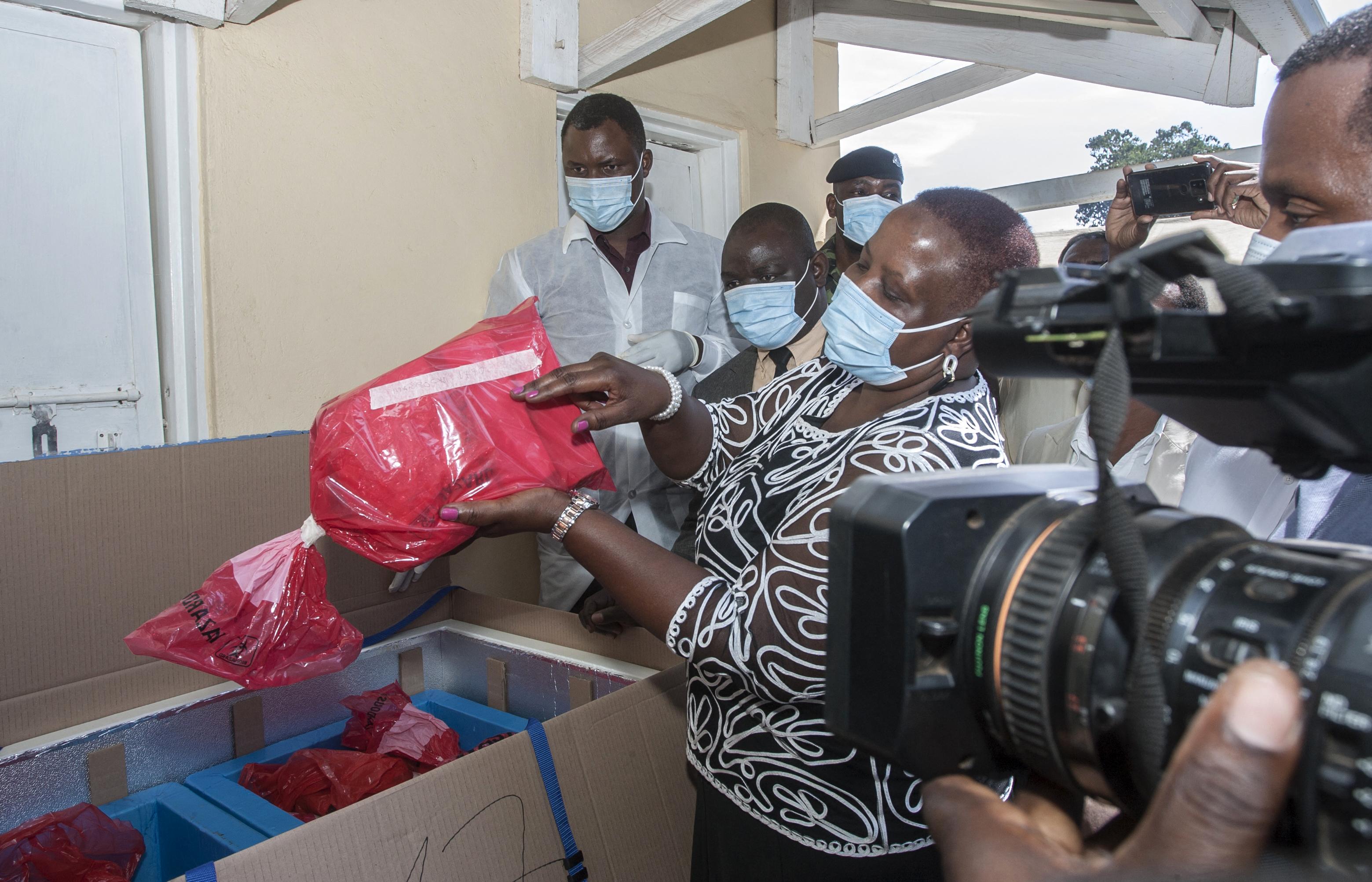 19 ezer adag AstraZeneca oltást égettek el Malawiban