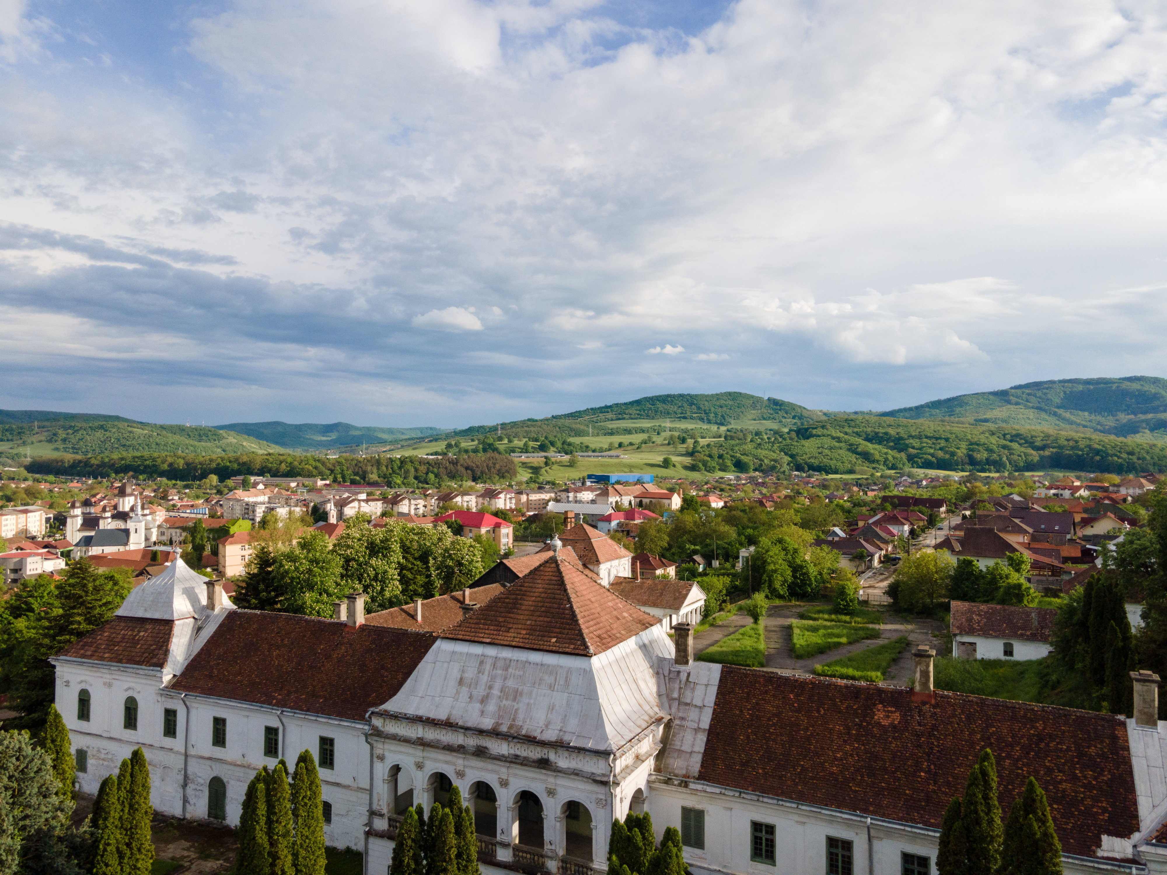 Nem is a magyar államé a cég, ami a helyiek elől elhappolta a zsibói Wesselényi-kastélyt