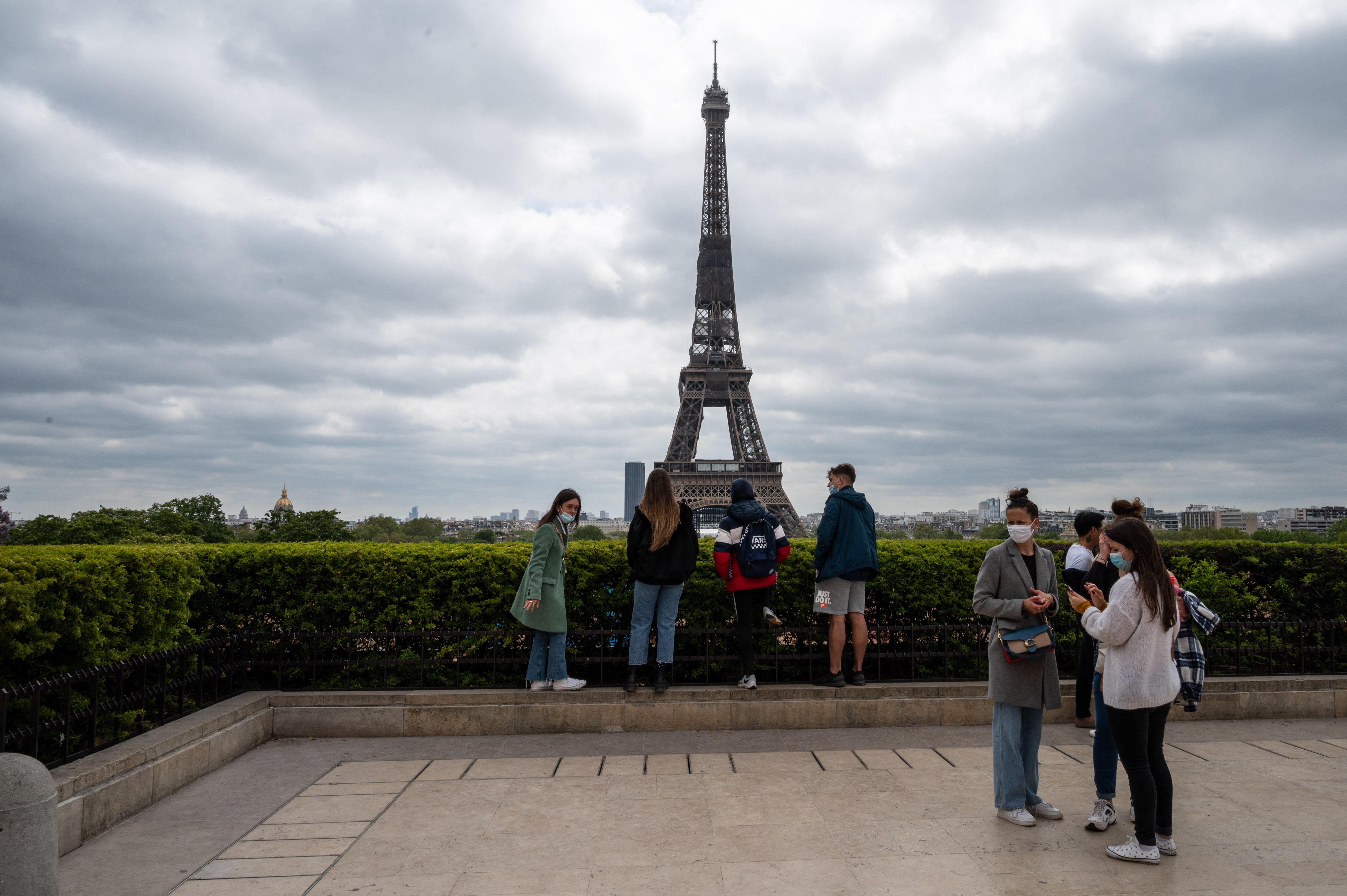 Július közepétől újra fel lehet menni az Eiffel-toronyra