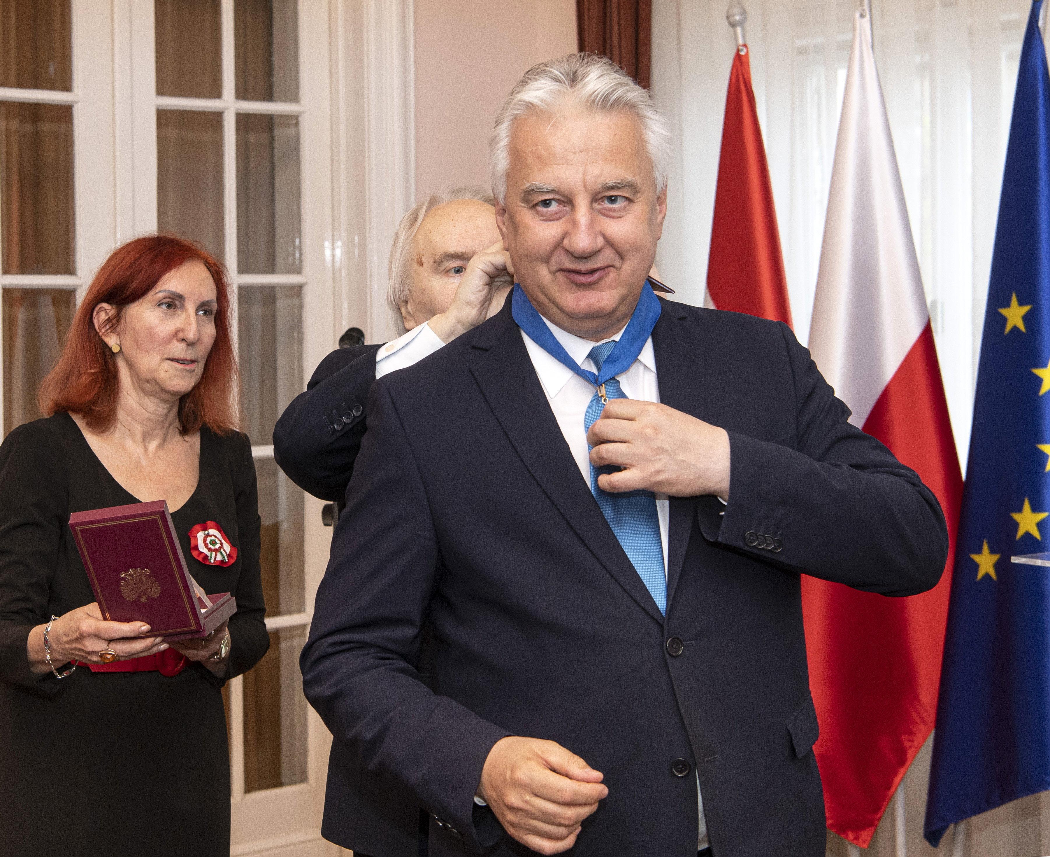 Az egyik legkiválóbb magyar politikusként tüntette ki Semjént a lengyel állam