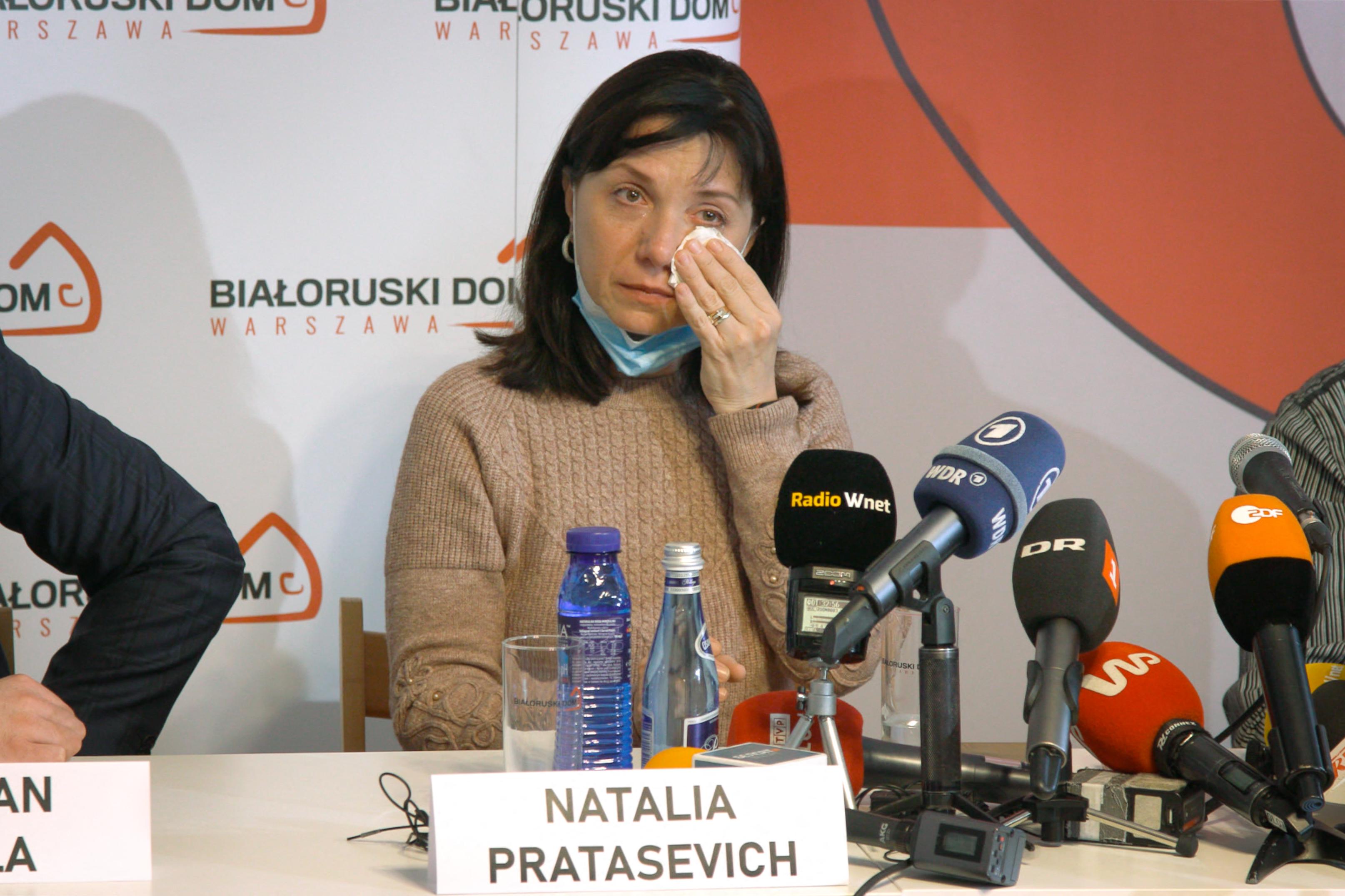 Raman Prataszevics szülei az EU-t és az USA-t  kérik, hogy segítsenek kiszabadítani a fiukat
