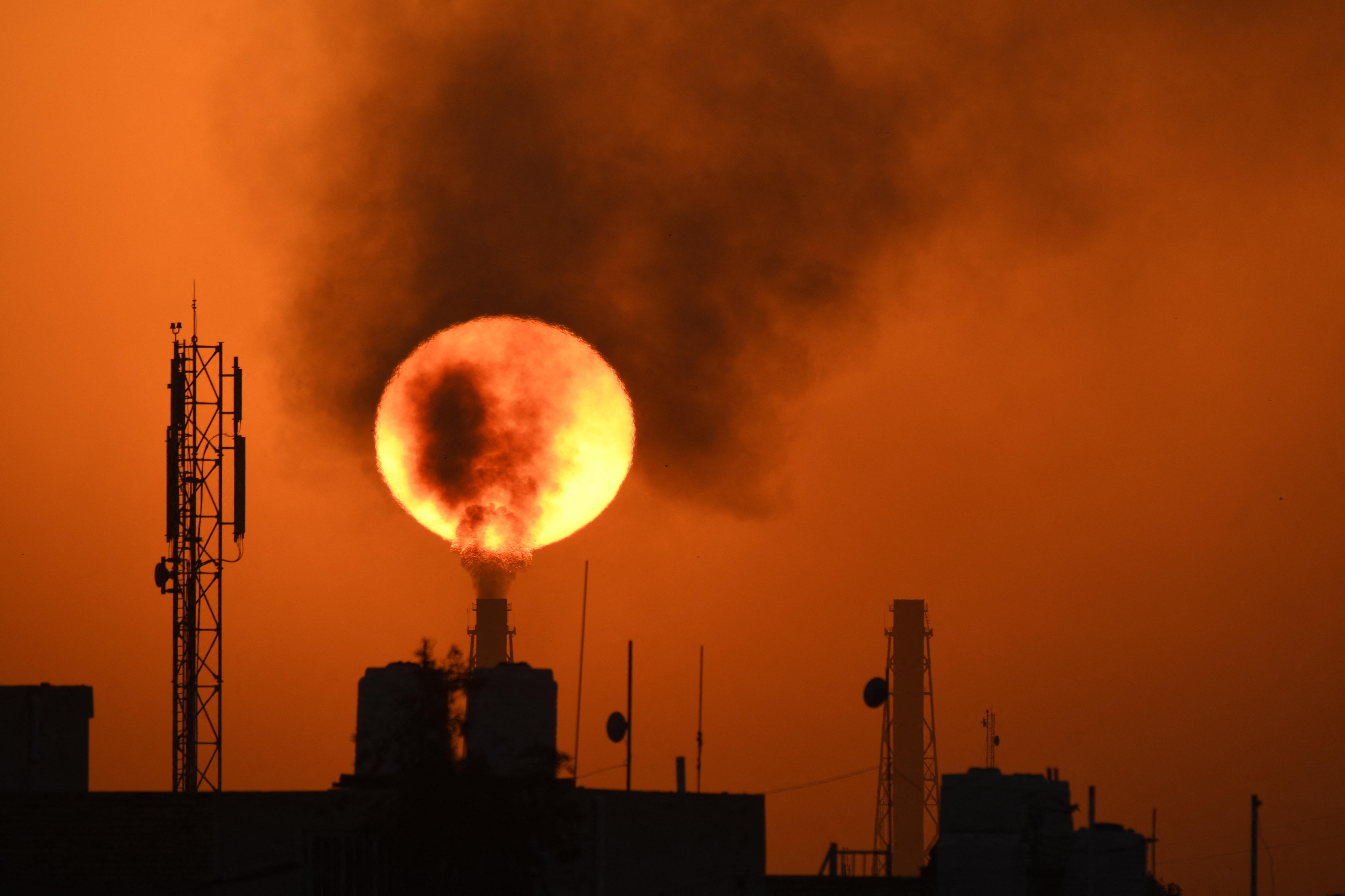 Súlyos pofonokat kaptak a héten a világ legnagyobb olajcégei