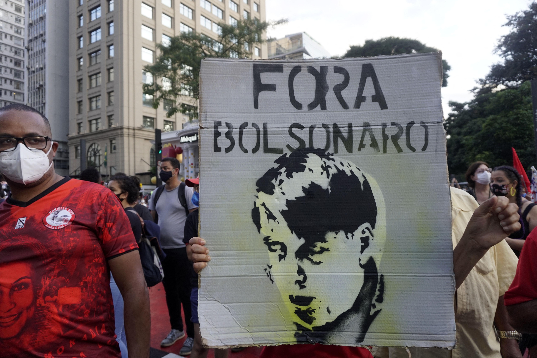 Országszerte tüntettek Brazíliában Bolsonaro járványkezelése miatt