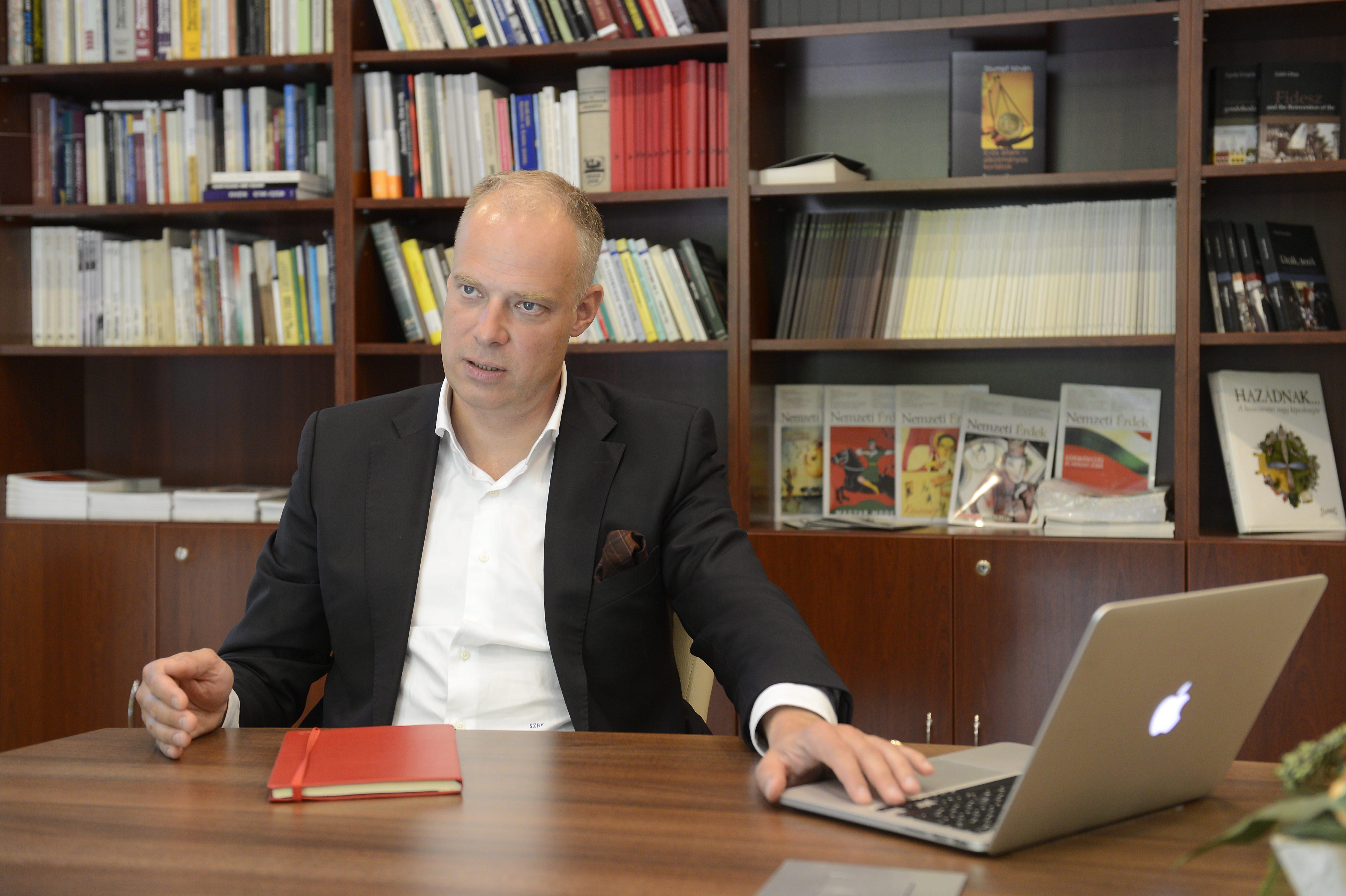 Szalay-Bobrovniczky Kristóf beszállna a cseh repülőgép-gyártásba