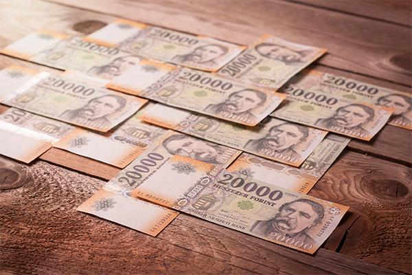Több millió forintot lehet most nyerni egy okos hitelkiváltással!