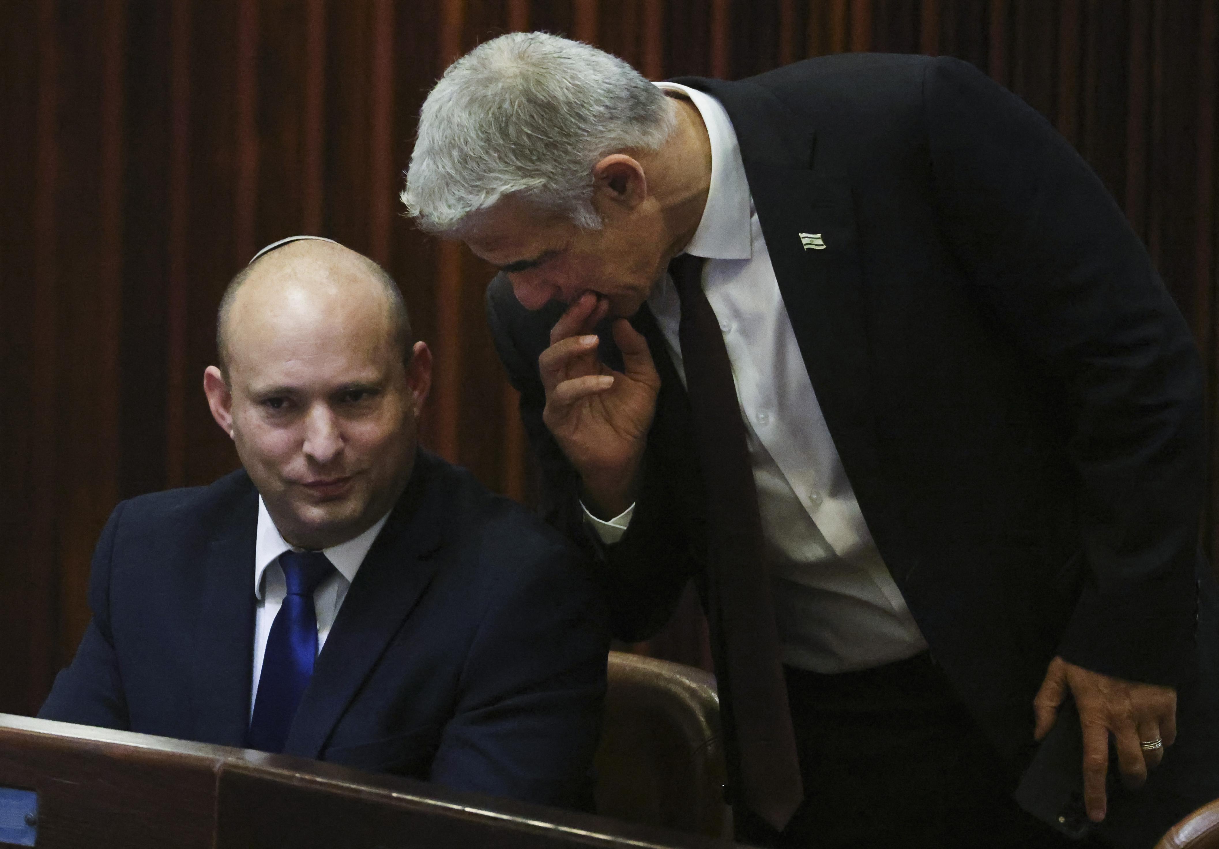 Egyetlen fős többséggel megszerezte a parlamenti többséget az új izraeli kormány