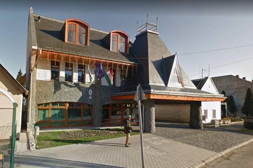 Házkutatás volt Badacsonytomajban a községházán és a polgármesternél