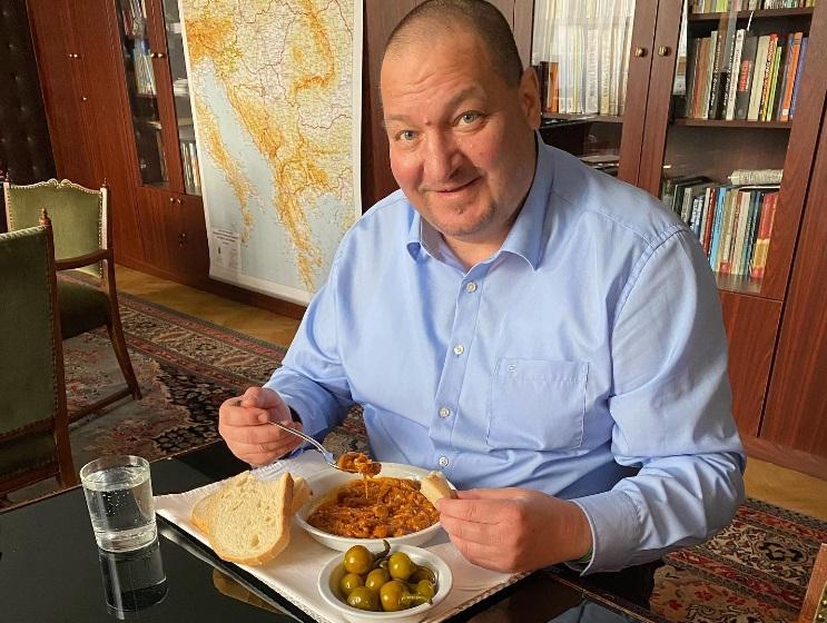 Modern felfogásban mutatják be a hagyományos magyar konyhát a Dubaji Világkiállítás 11 milliárdos pavilonjában