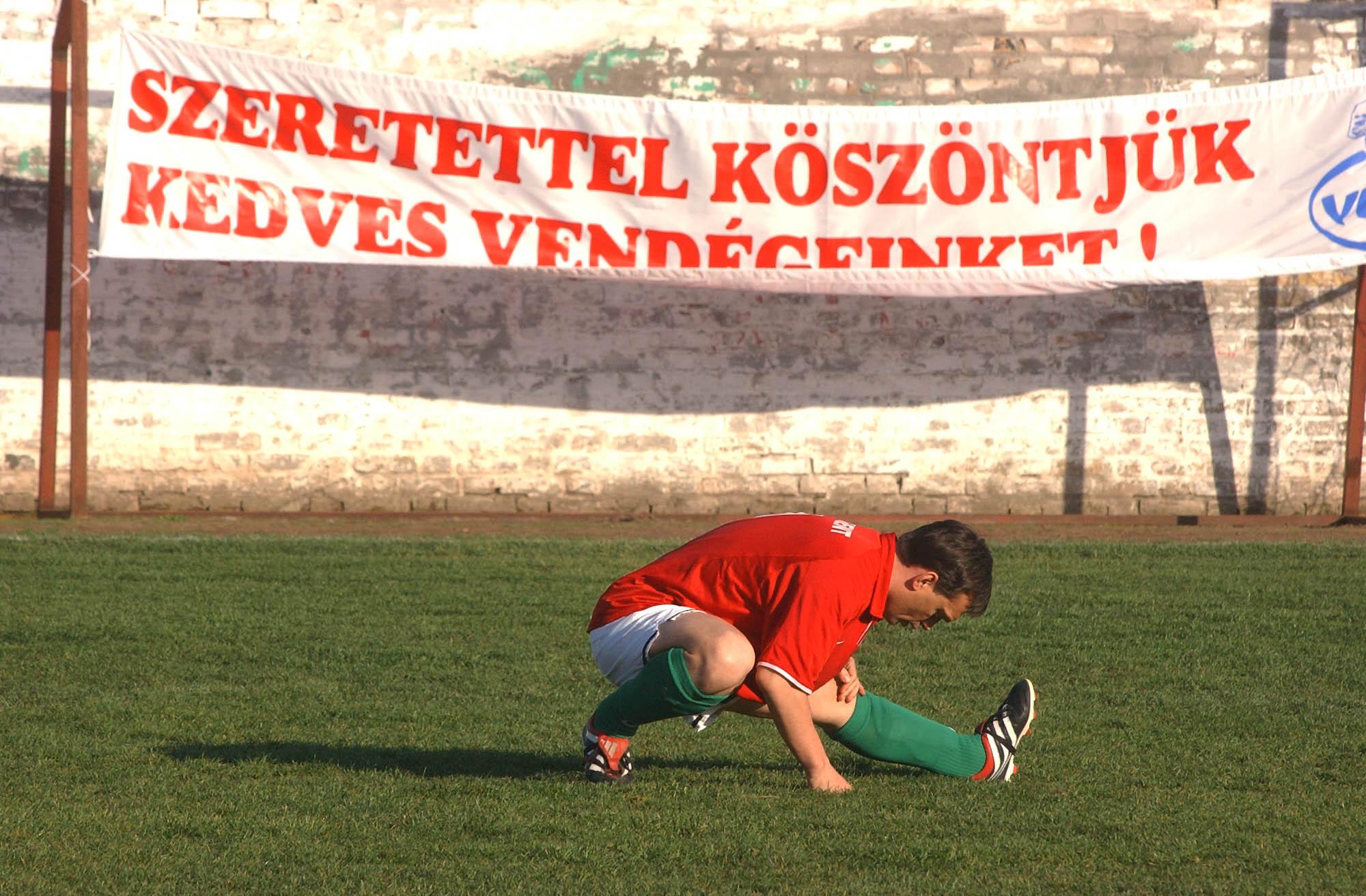 A Fidesz és az MSZP első háttéralkuit is focipályák mellett alapozták meg