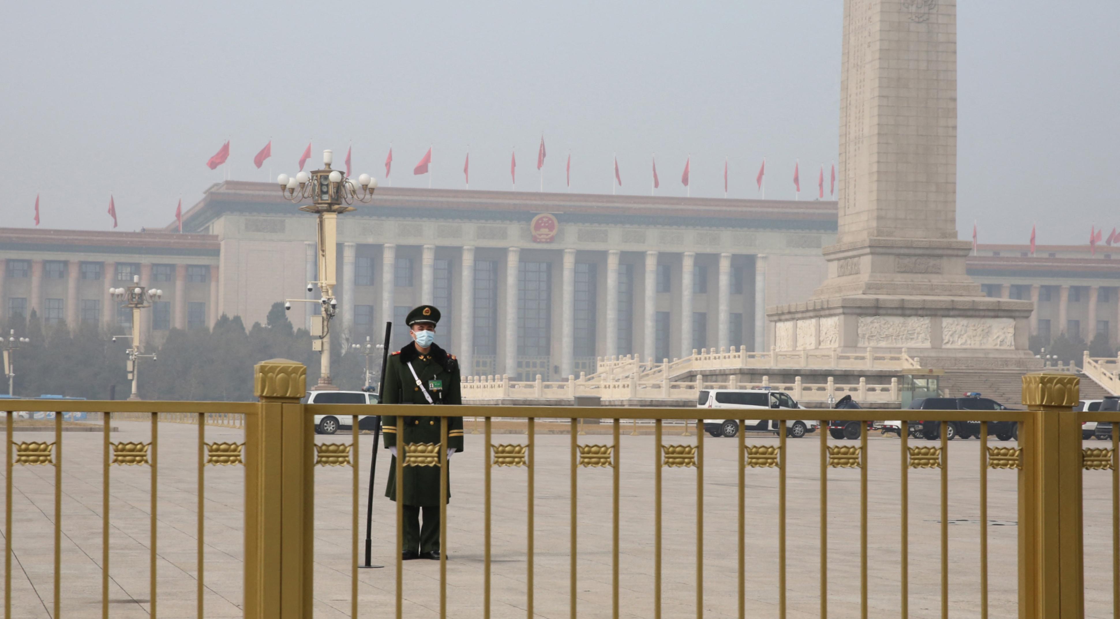 Kína szankciókat vet ki a kínaiak ellen szankciókat kivető nyugatiakkal szemben
