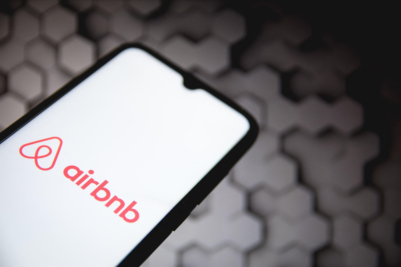 Hétmillió dollárt fizetett egy megerőszakolt turistának az Airbnb