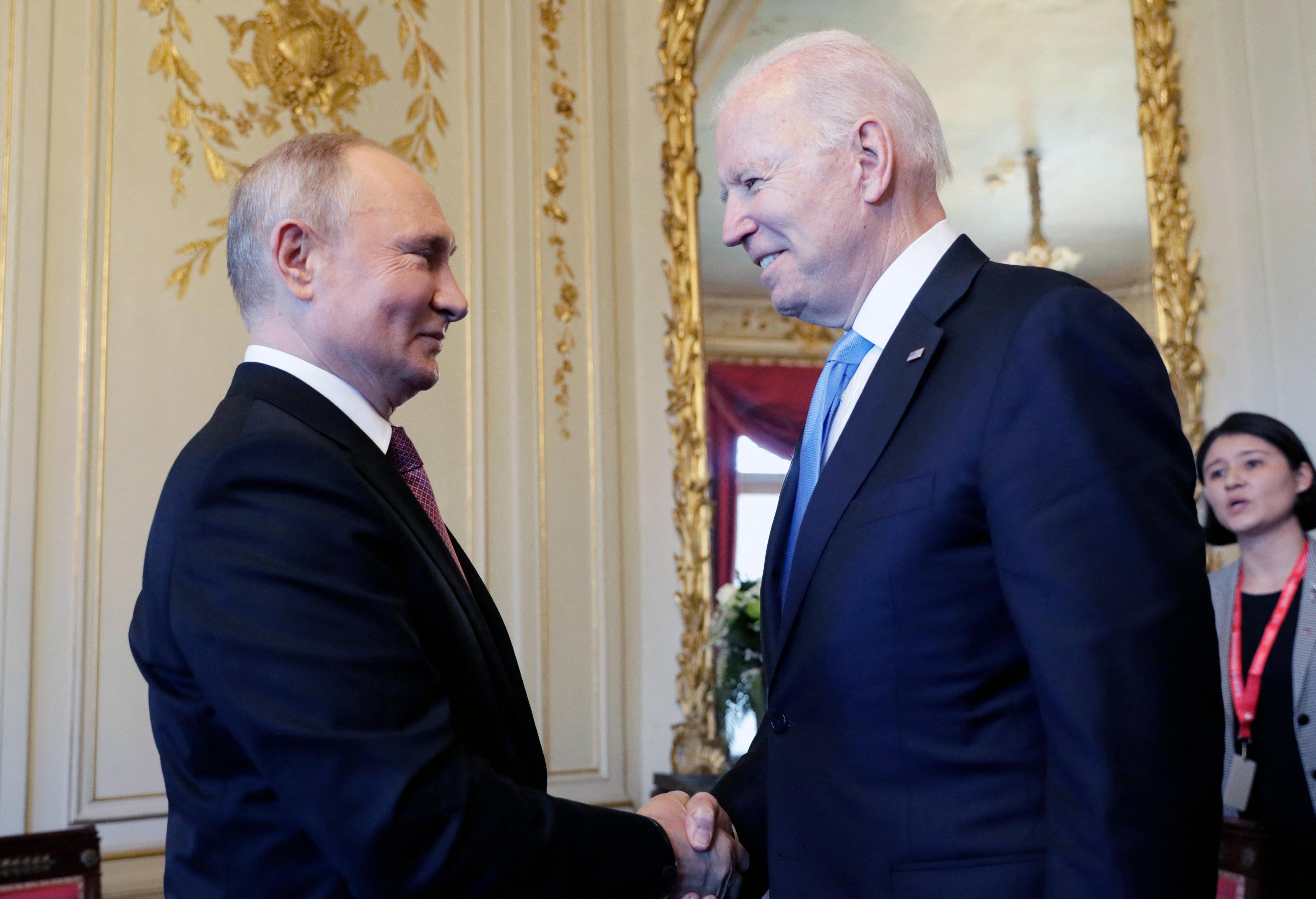Hirtelen ért véget Biden és Putyin első csúcstalálkozója