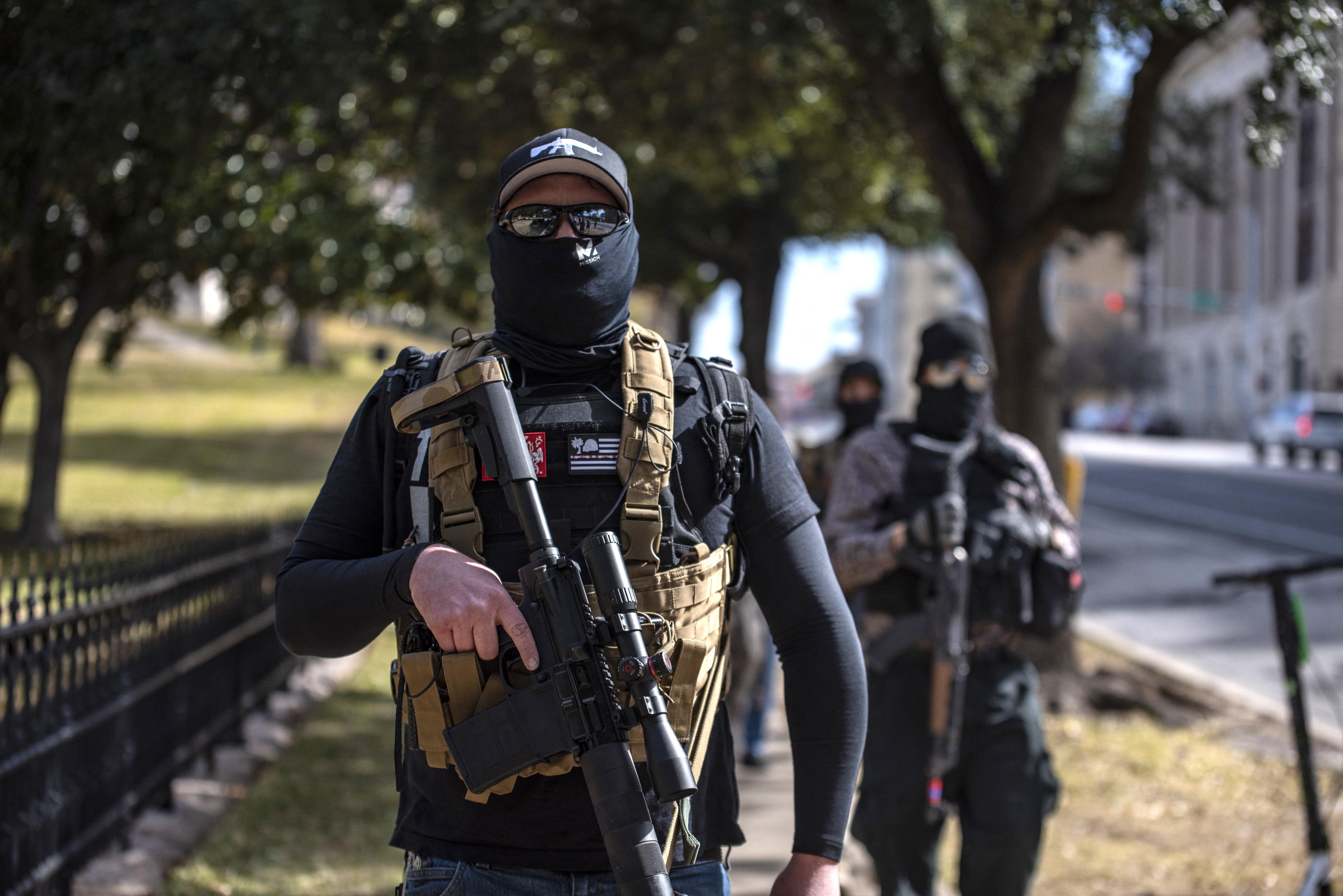 Texasban szeptembertől már engedély se kell a marokfegyverek viseléséhez