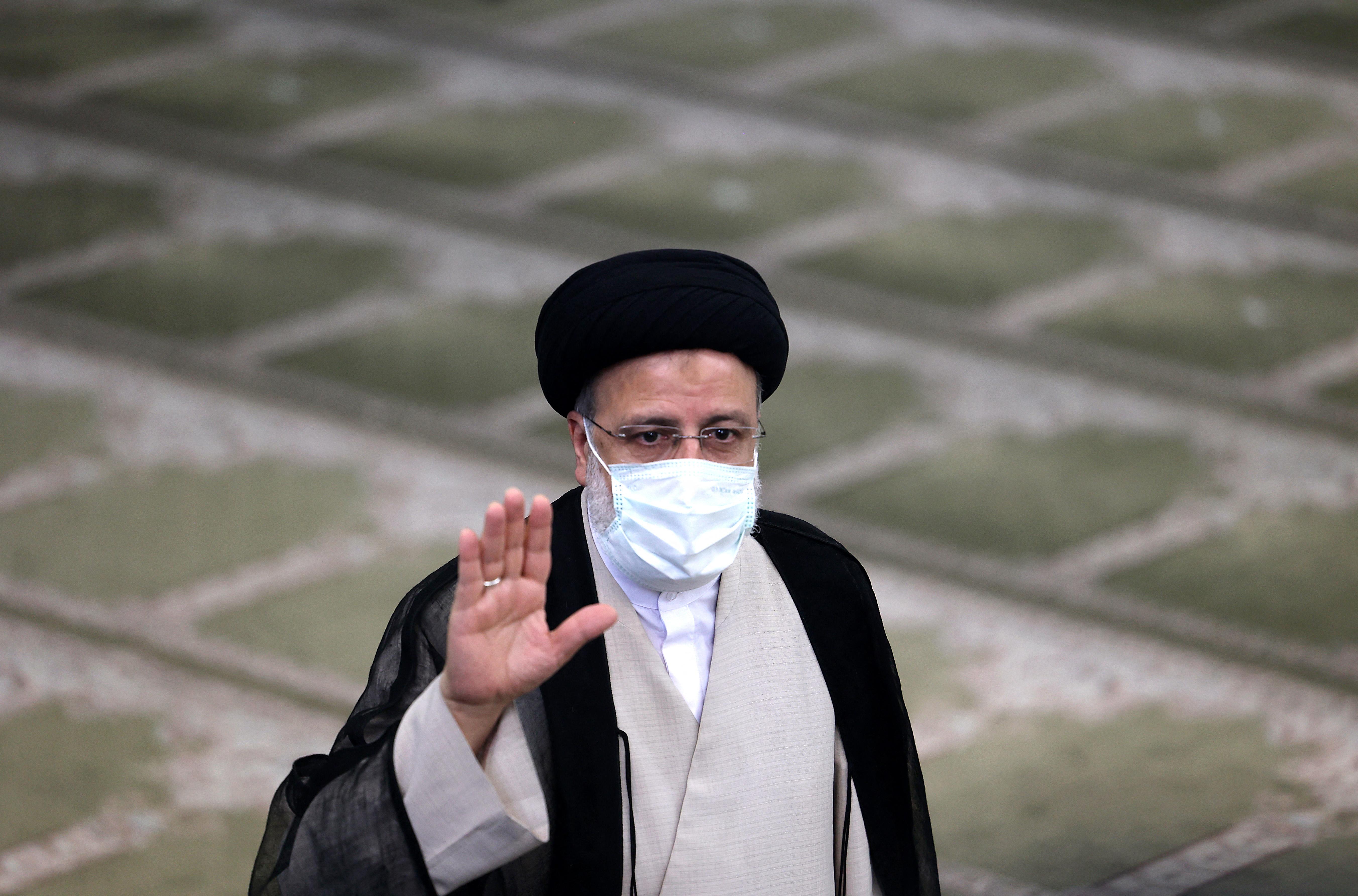Megkezdődött Iránban az elnökválasztás