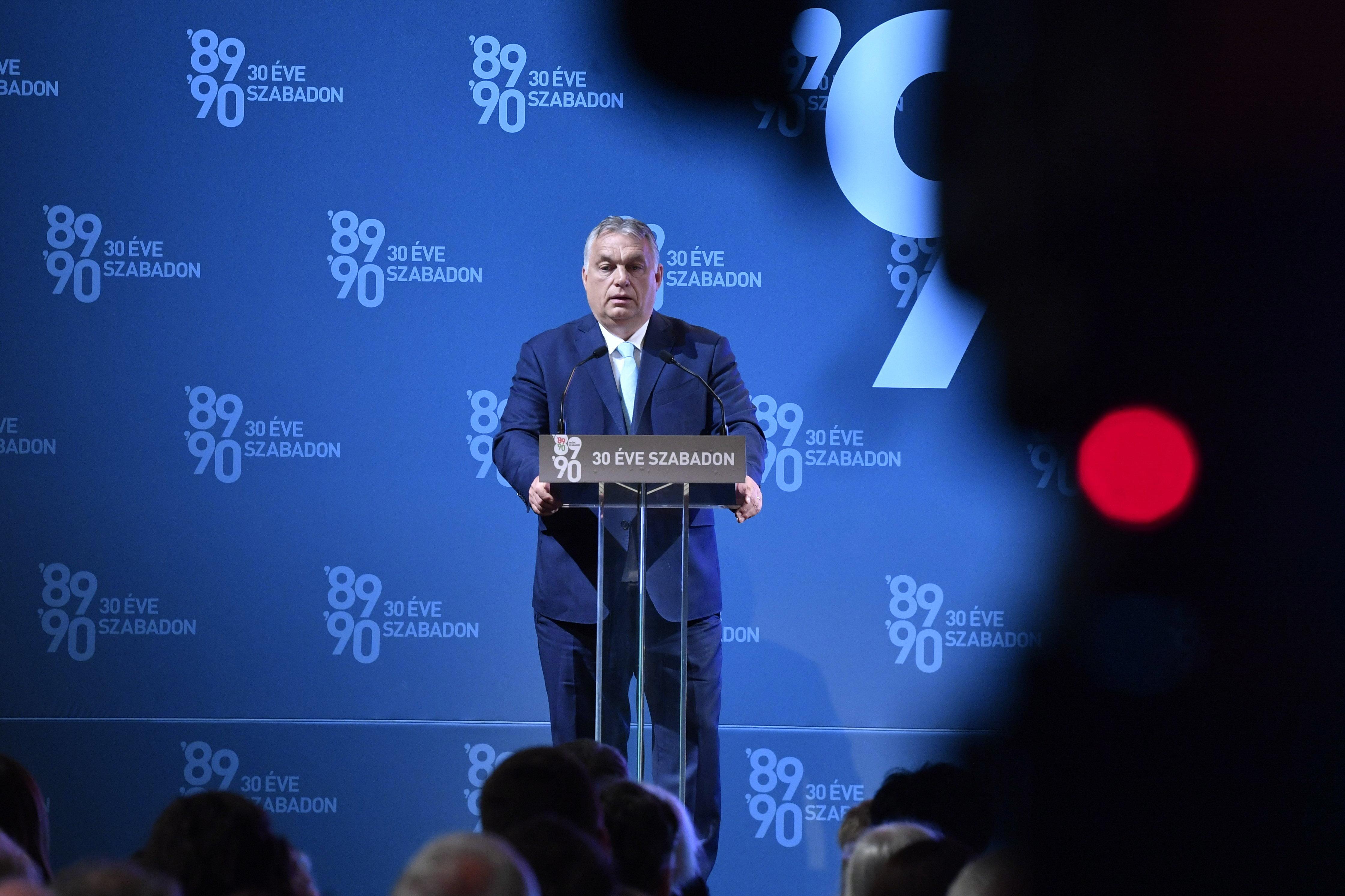 """Orbán szerint az EU-nak """"magunkfajta szabadságharcosokra van szüksége"""""""