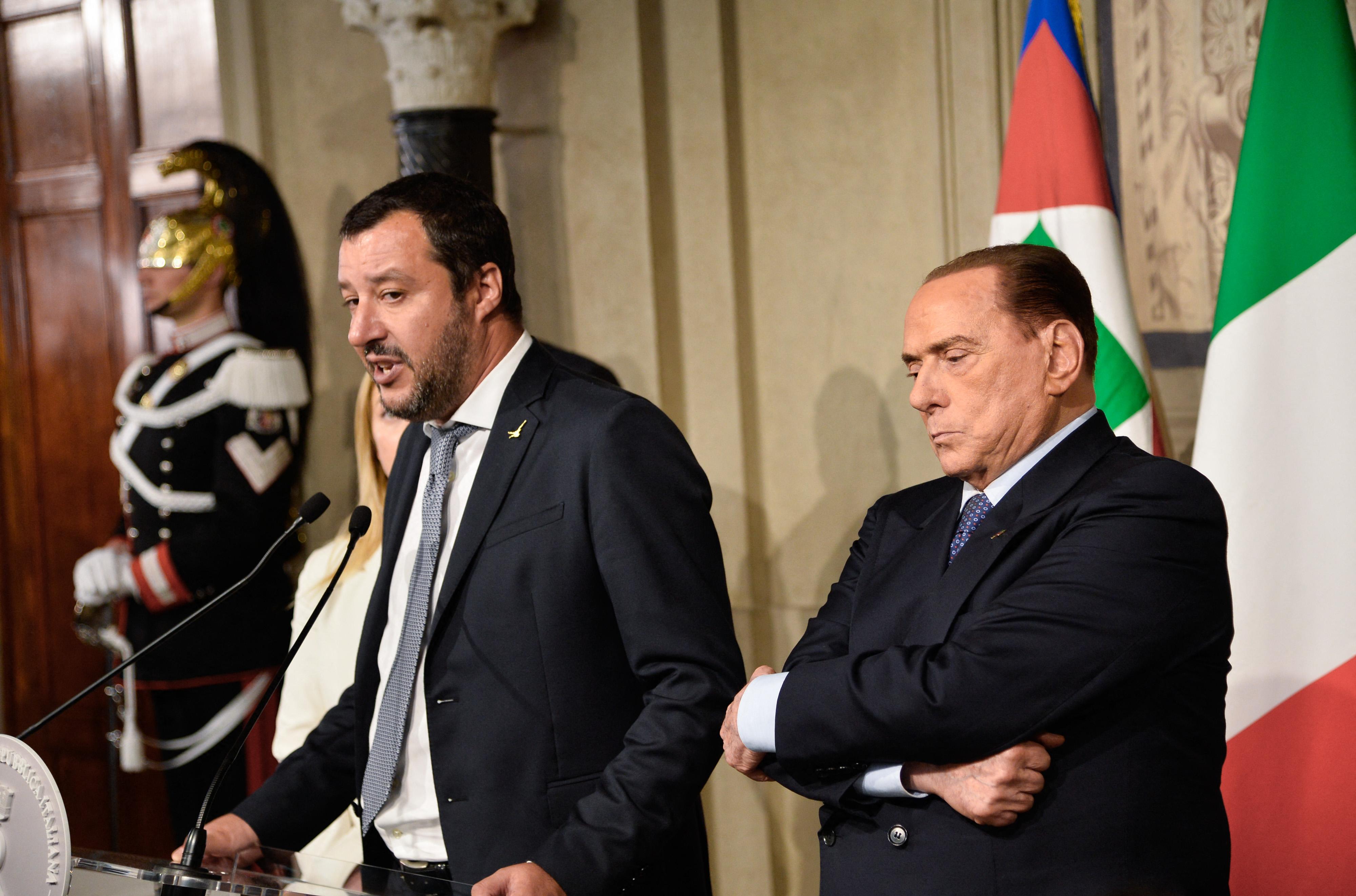 Berlusconi közös pártot alapítana Salvinivel