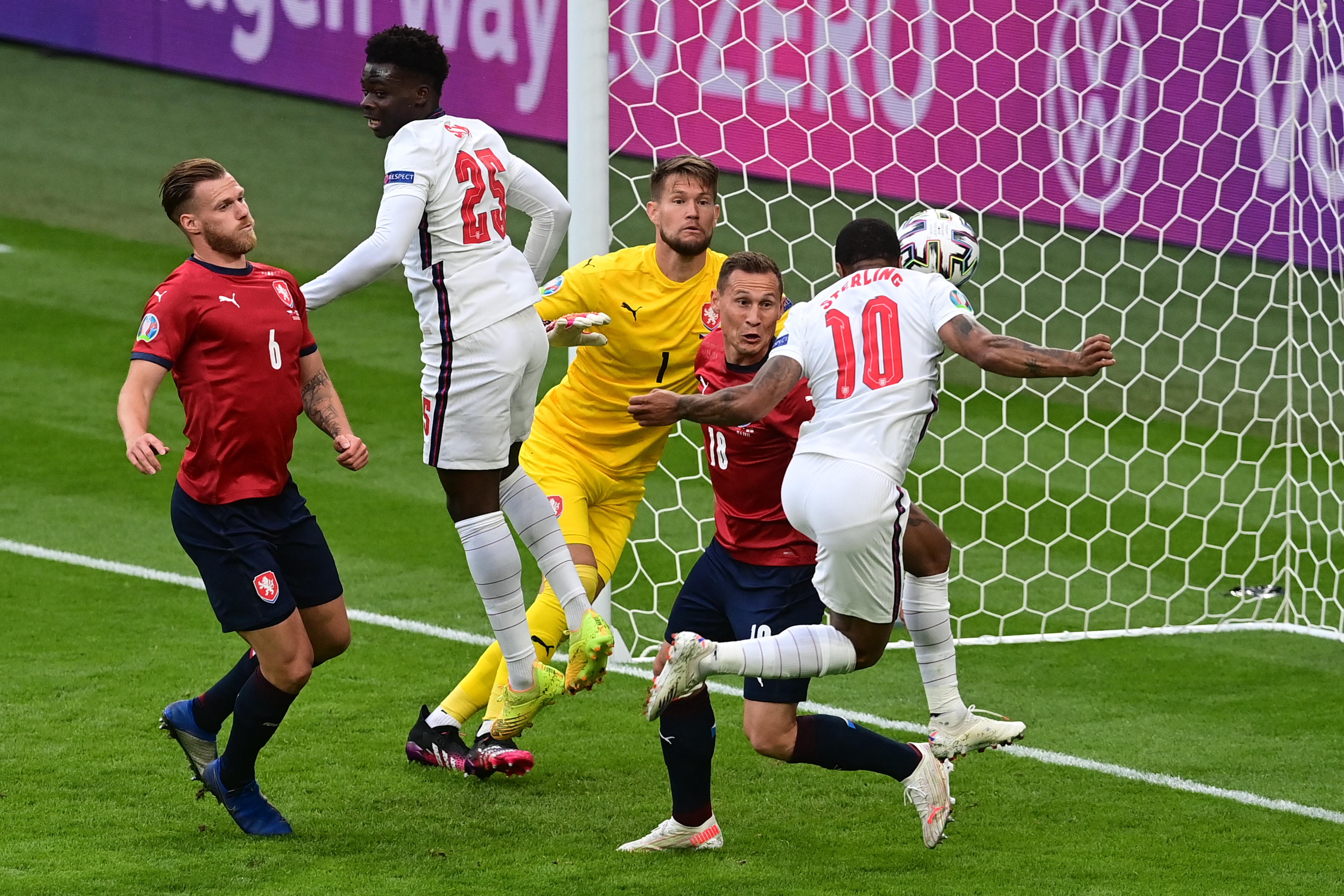 Az angolok újabb nézőkínzó meccset nyertek meg