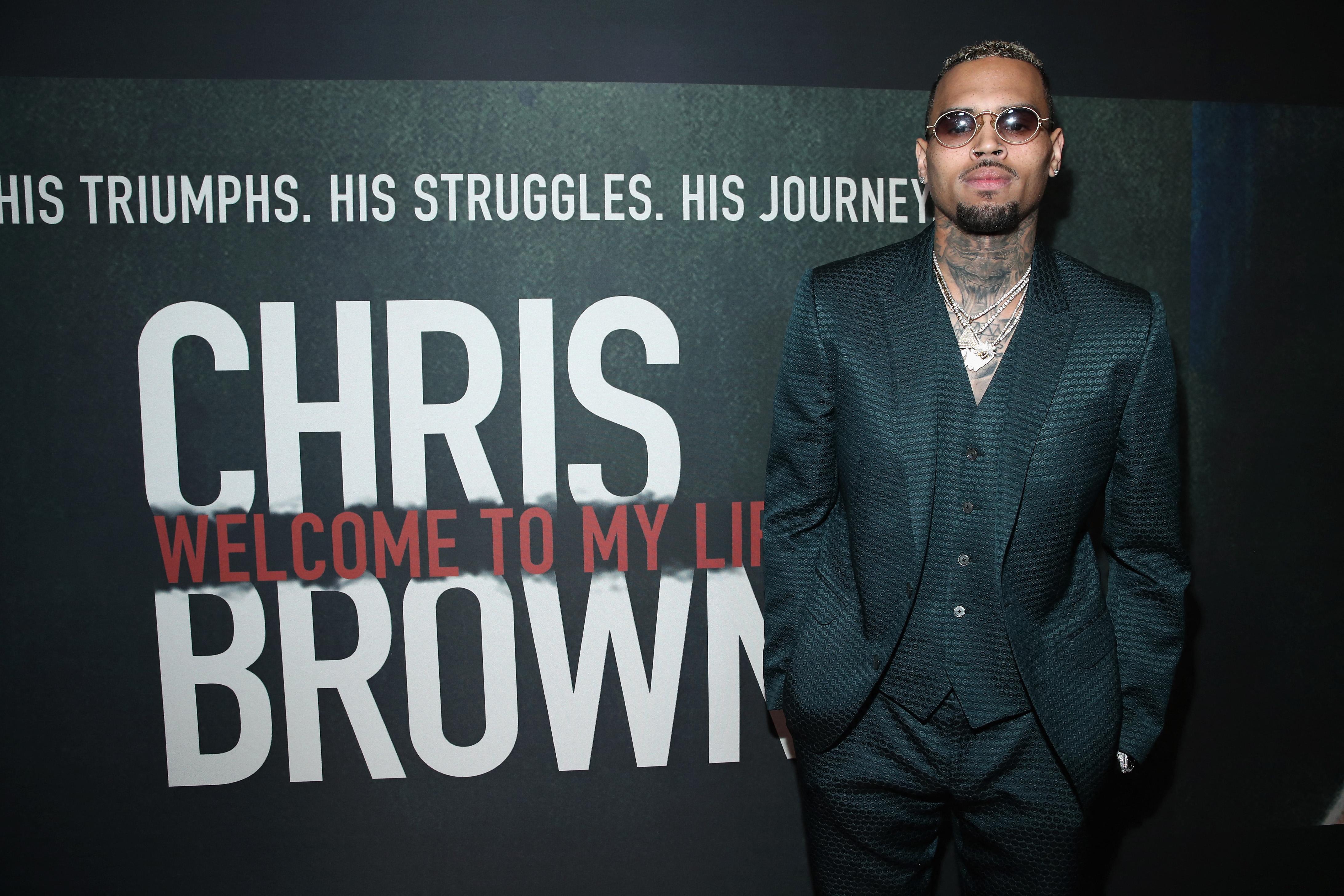 Chris Brownt ismét azzal vádolják, hogy megütött egy nőt