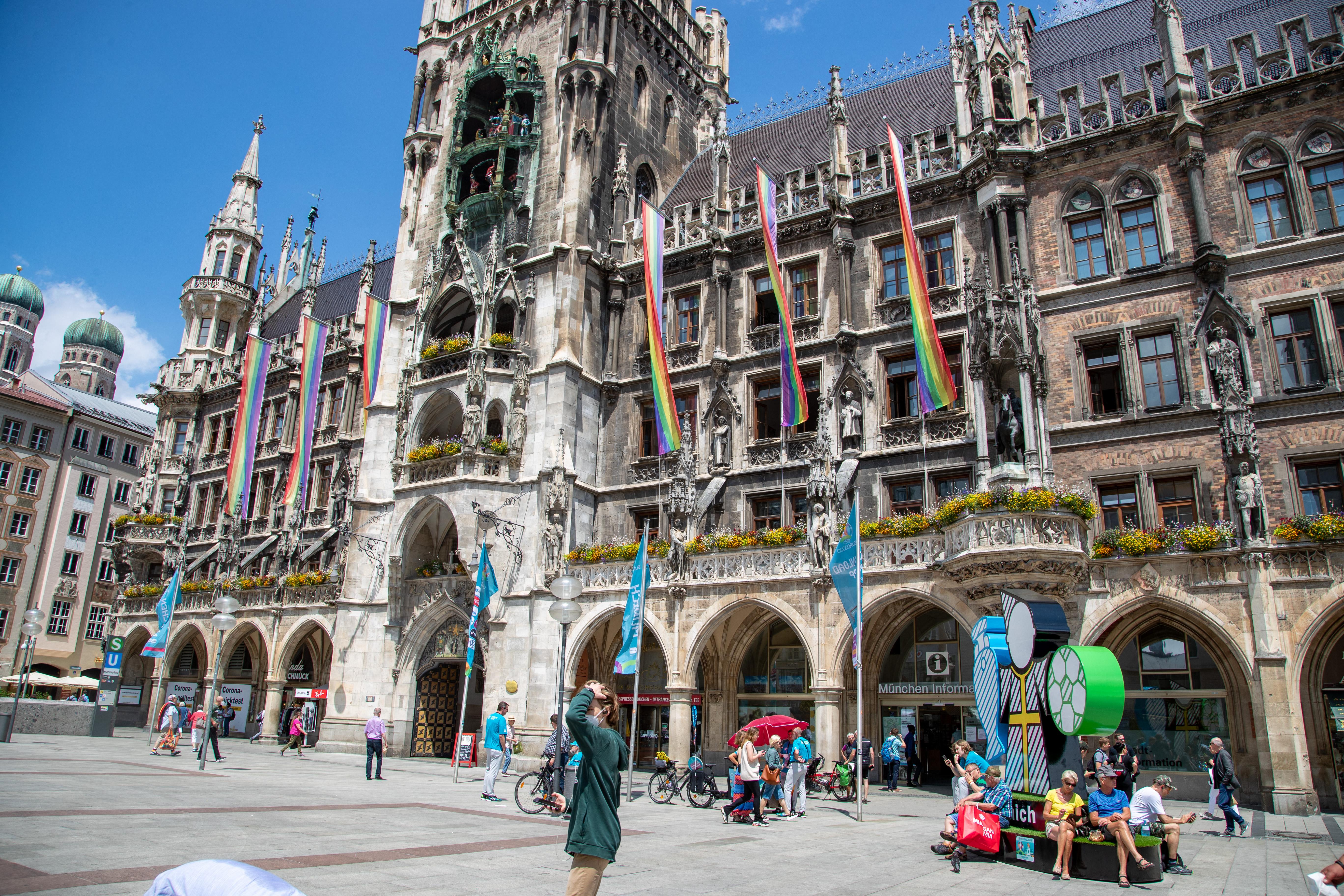 16 tagállam vezetője közös levélben áll ki a melegek megkülönböztetése ellen - a magyar kormánynak üzenve