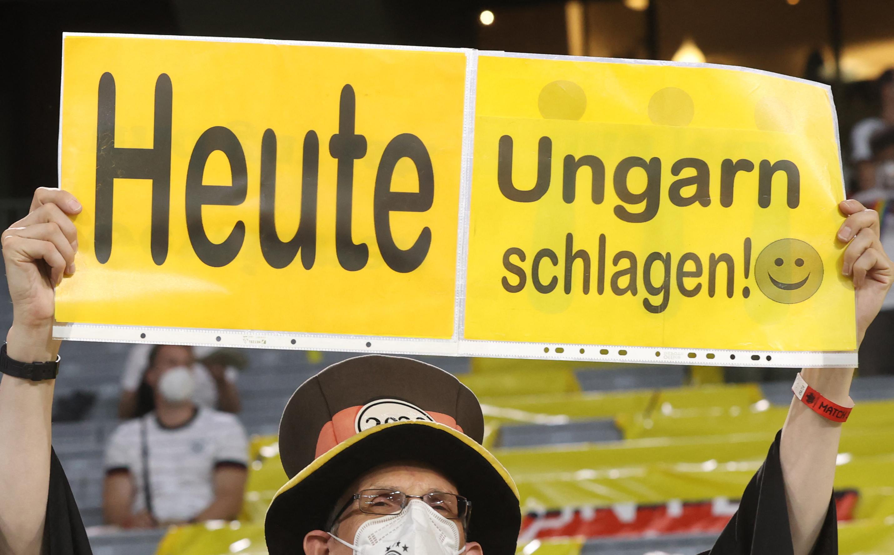 Egy év börtön, ezer euró: erre ítélték a Münchenben legtovább fogva tartott magyar szurkolót