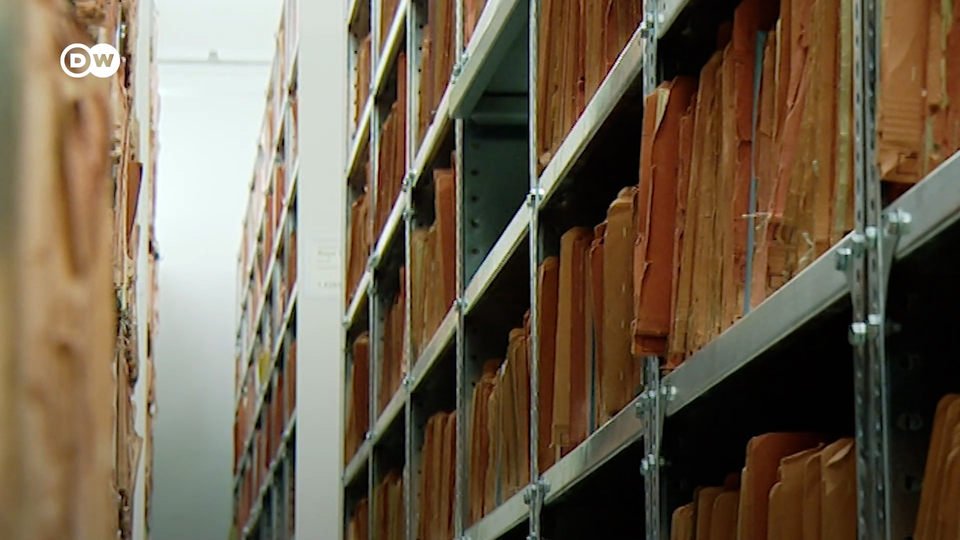 30 év után bezár a Stasi-akták Hivatala Németországban