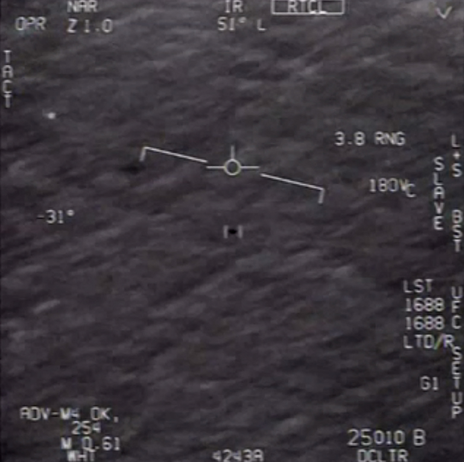 144 olyan repülő tárggyal találkozott a Pentagon, amit nem tudott azonosítani