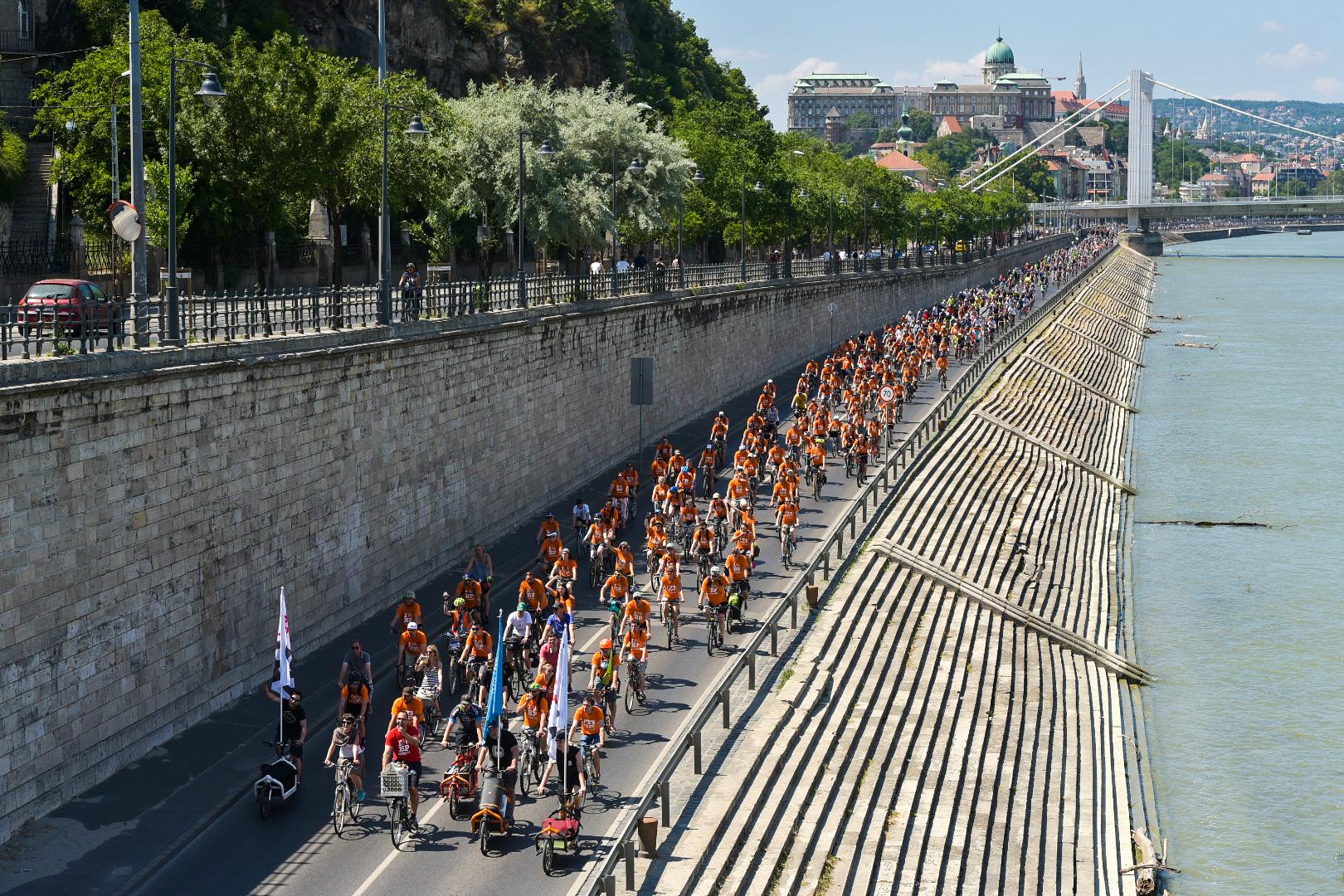 """15 ezren mutatták meg, """"milyen jó hely lehetne a bringás Budapest"""""""