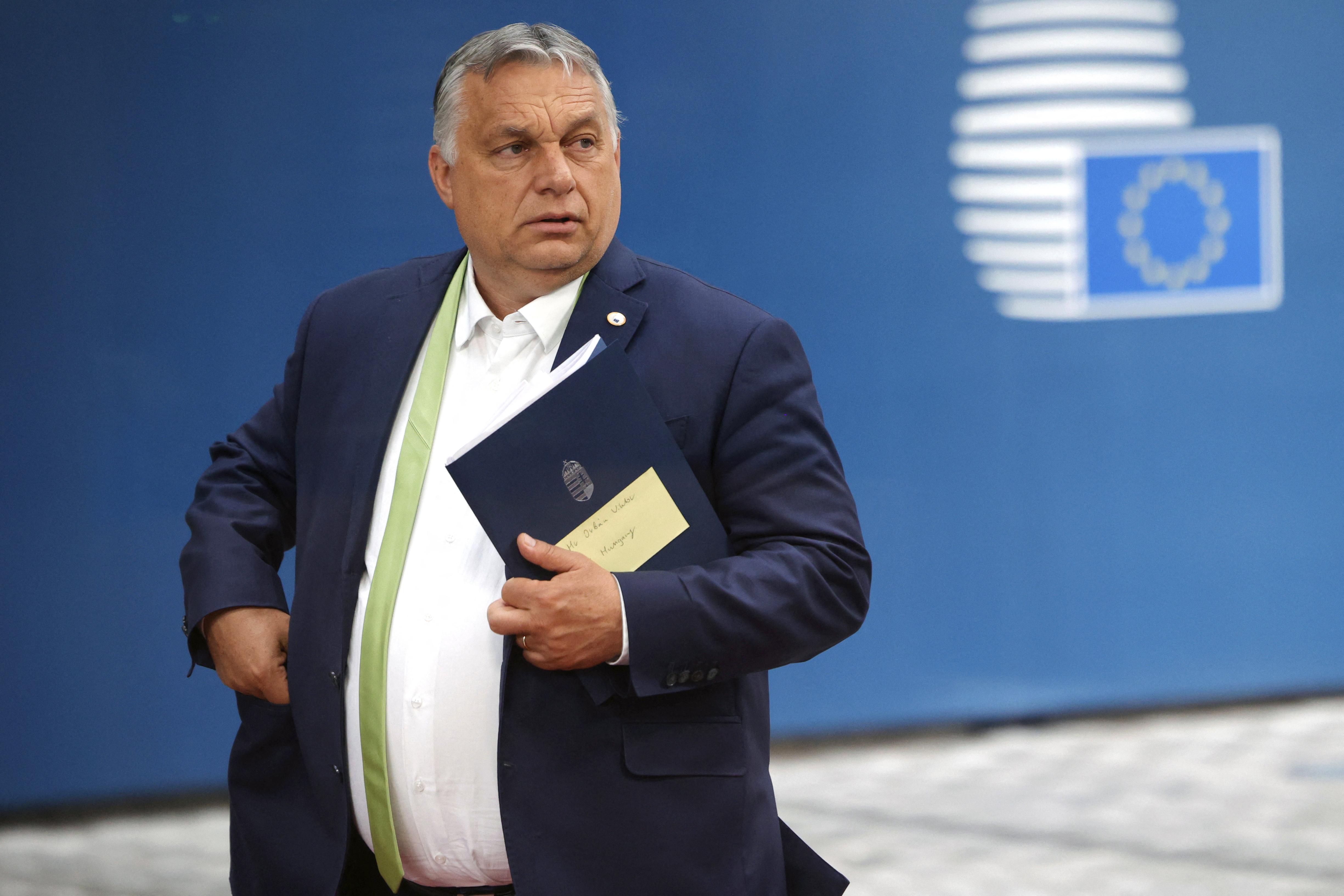 Az Európai Bizottság jelezte, hogy Orbán nem mondott igazat a homofób törvény vitájáról