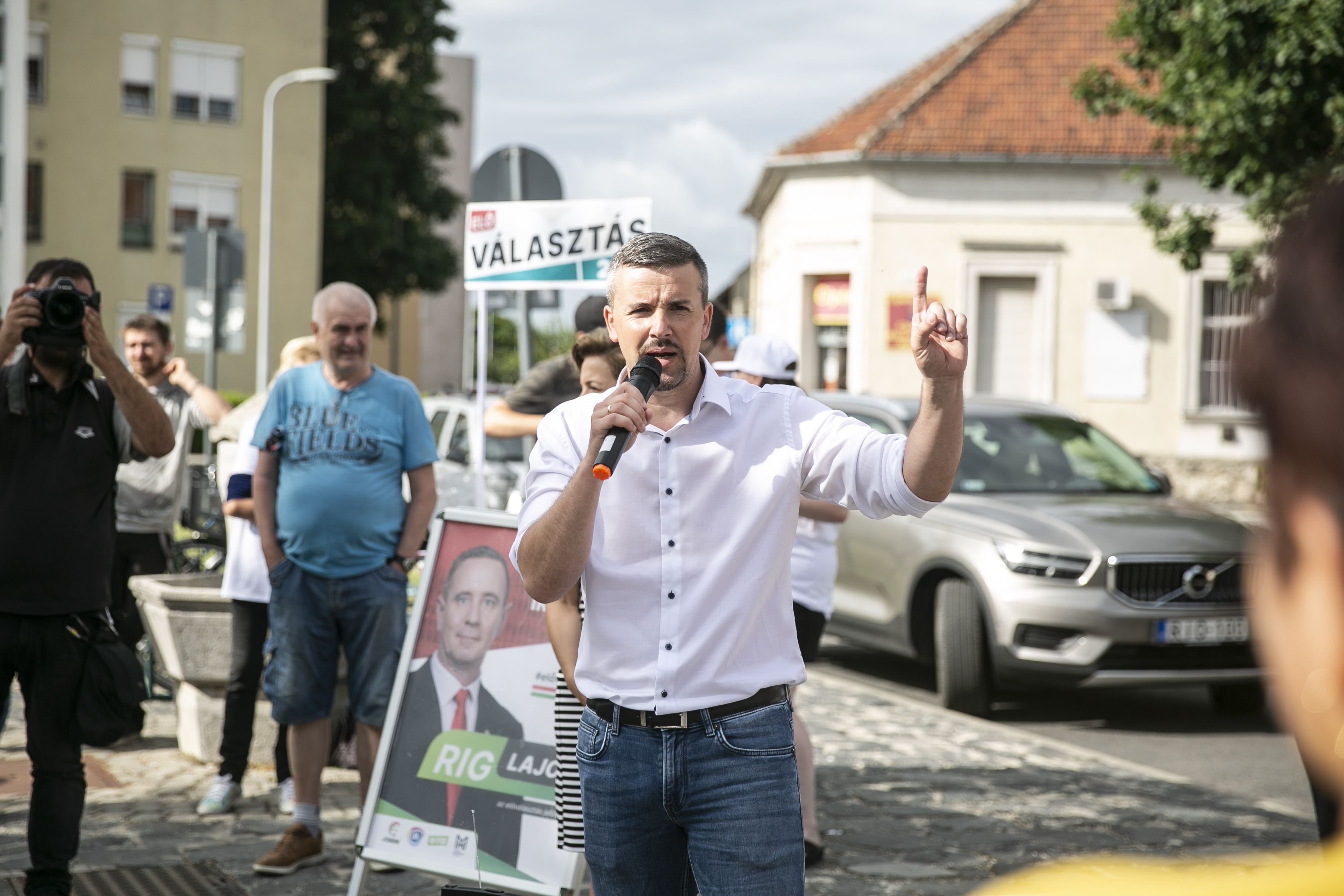 """""""Amikor egy rezsimmel küzdünk, nincs helye finomkodásnak"""" - Így kampányol Jakab Péter"""