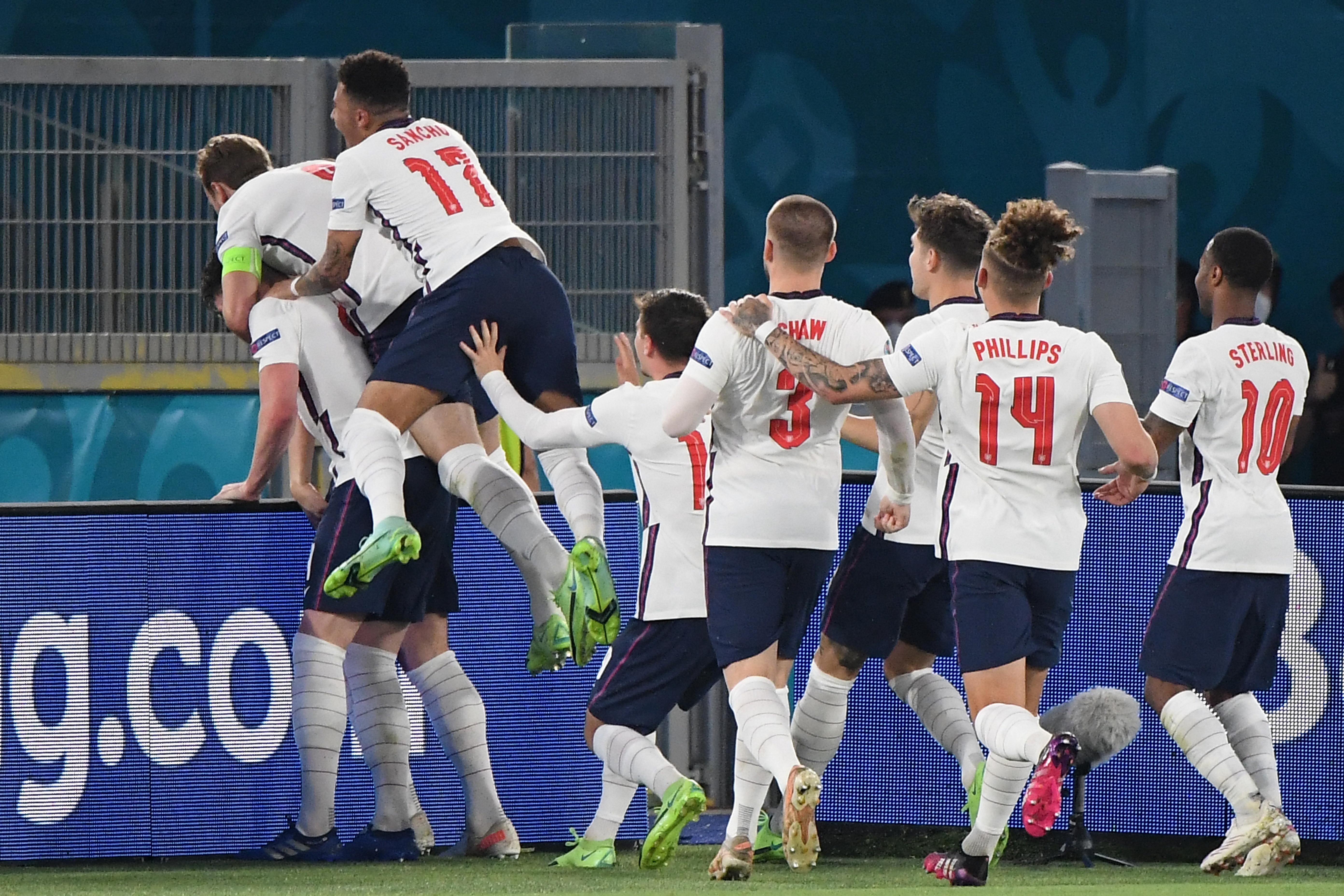 A négy között bármi lehet, de Anglia játszik hazai pályán