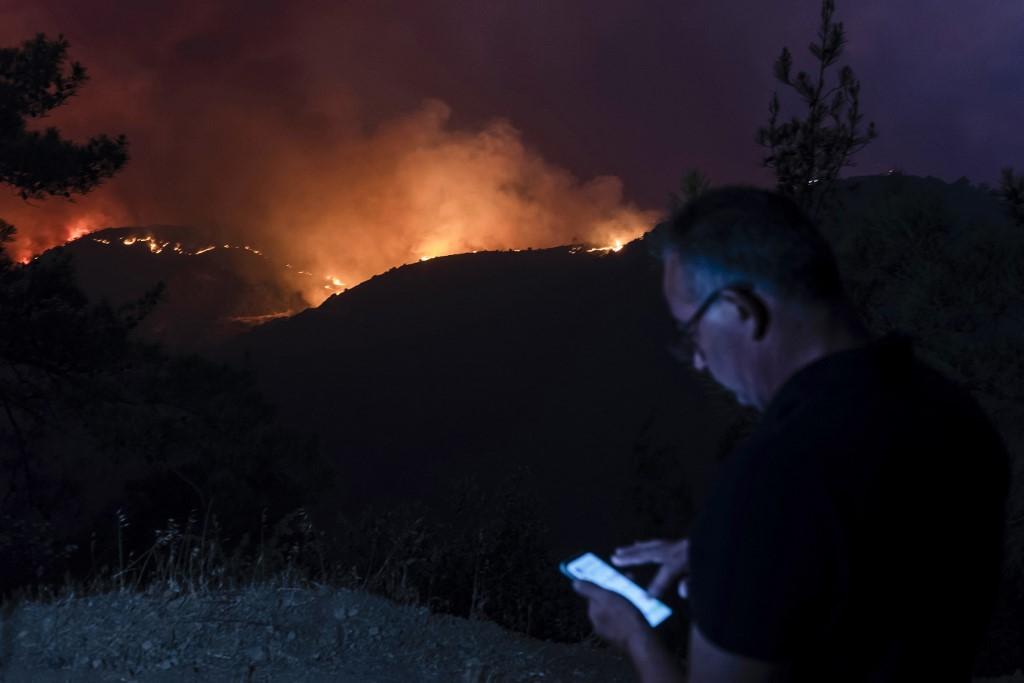 Akkora erdőtűz ütött ki Cipruson, hogy nemzetközi segítséget kértek