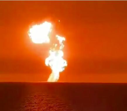 Hatalmas robbanás történt a Kaszpi-tengeri gázmezőn