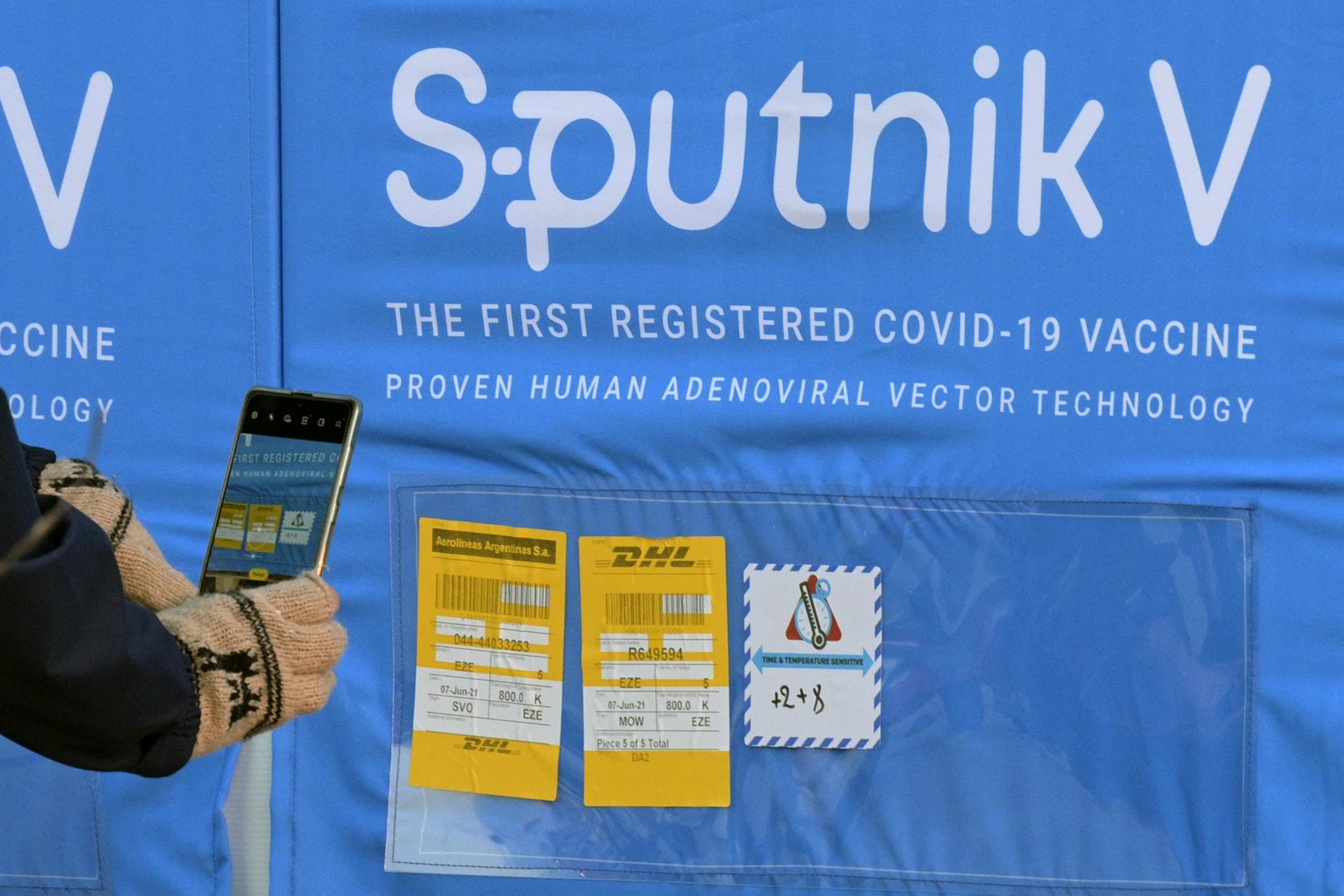 Az oroszok szerint 90 százaléknál nagyobb hatékonysággal véd a Szputnyik a delta variánstól