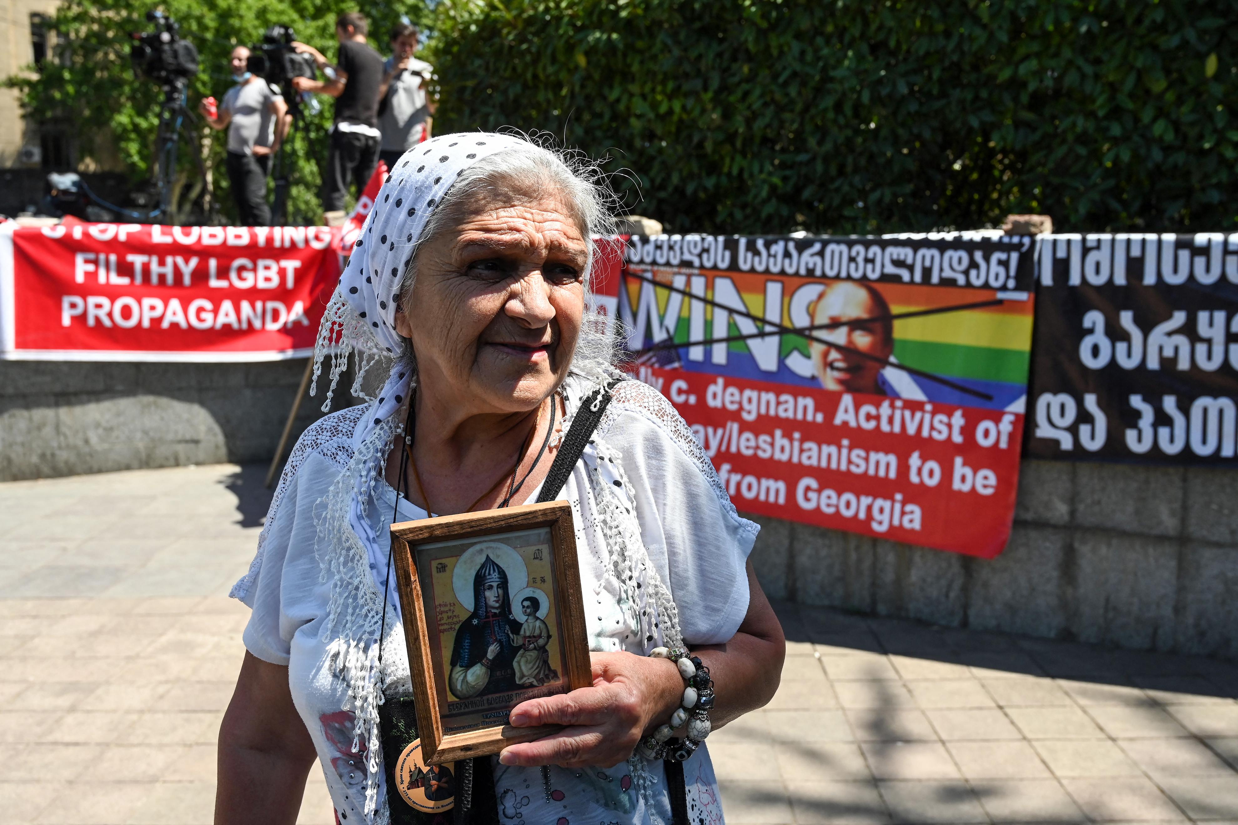 Lefújták a Pride-ot Tbilisziben, miután szétverték a szervezők irodáját