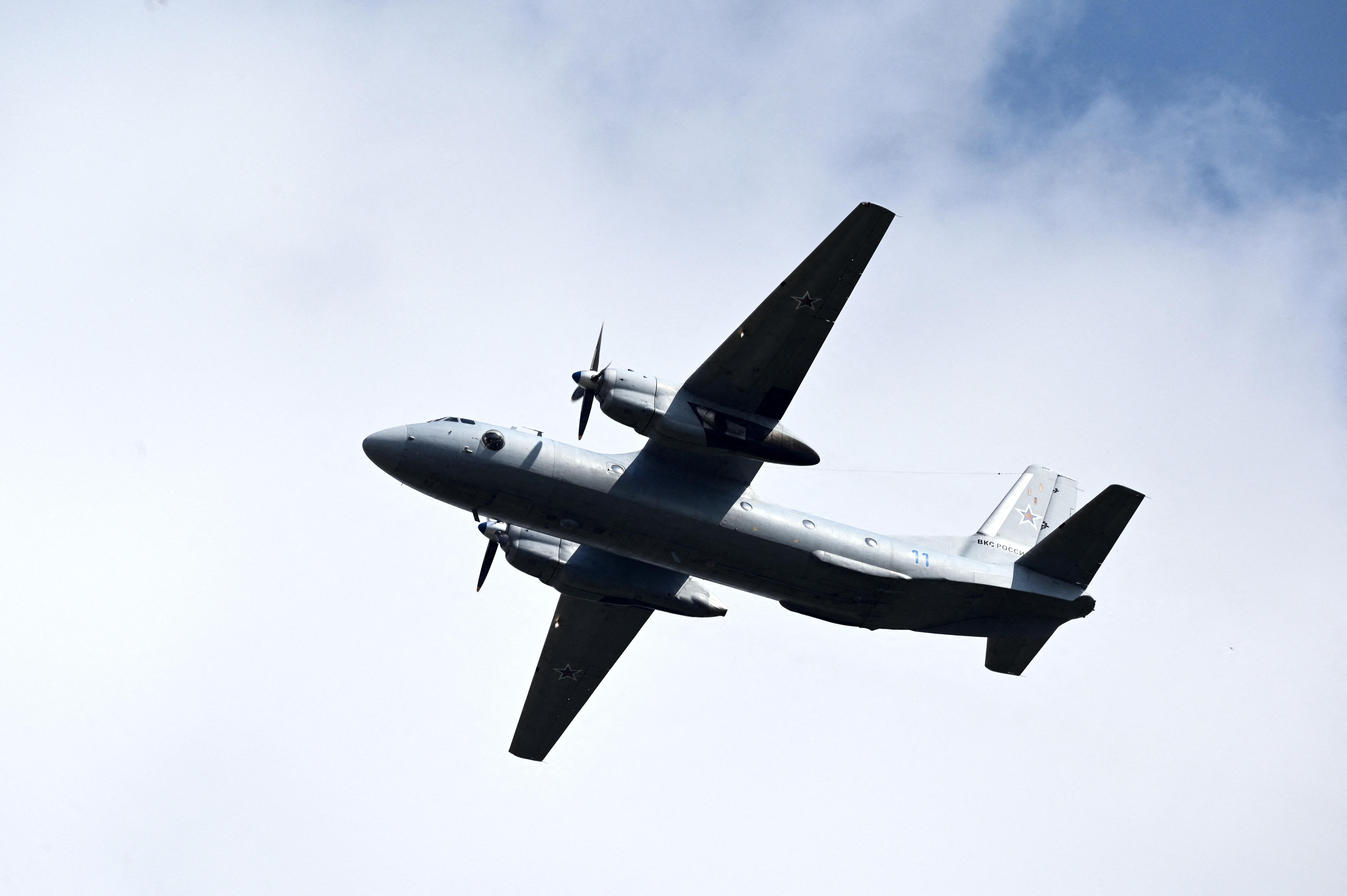 Megtalálták az eltűnt orosz utasszállító repülőgép roncsait