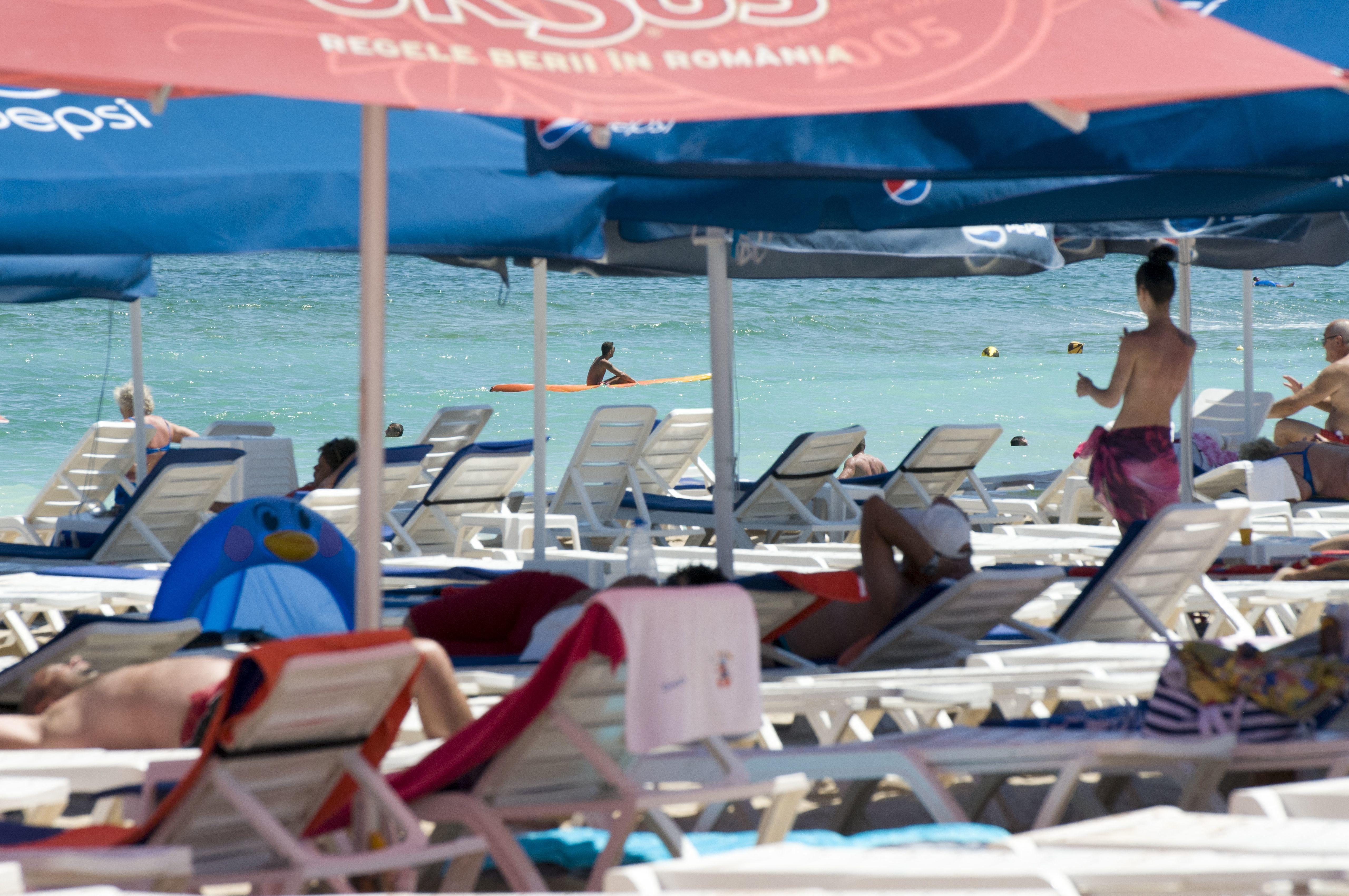 Teodosie érsek tanácsa a tengerparton nyaralóknak: csak oda szabad nézni, ahova illik