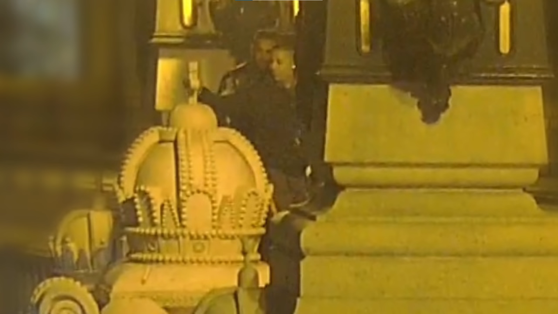 Ismét szemfüles volt a kőkeresztrongálók réme, a Margit híd térfigyelő kamerája