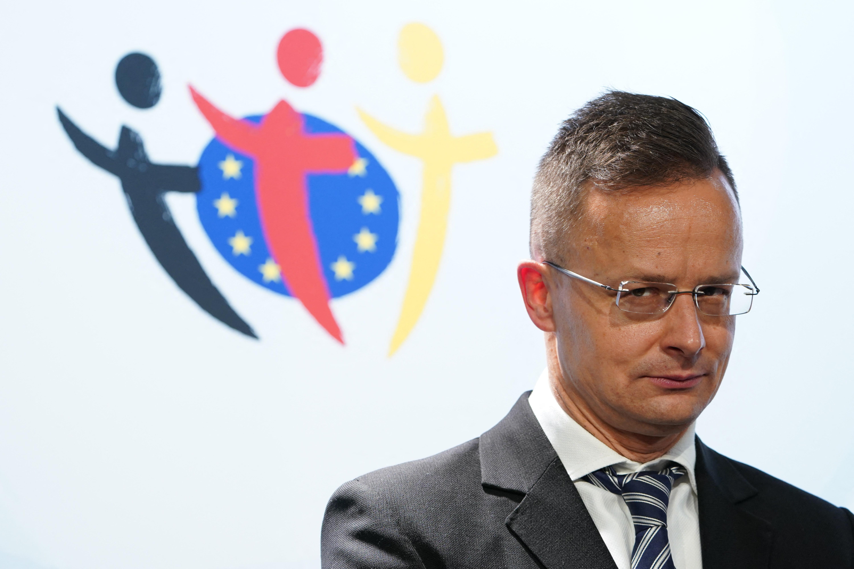 Szijjártó nem tud higgadtan, nyugodtan beszélni az UEFA döntéséről
