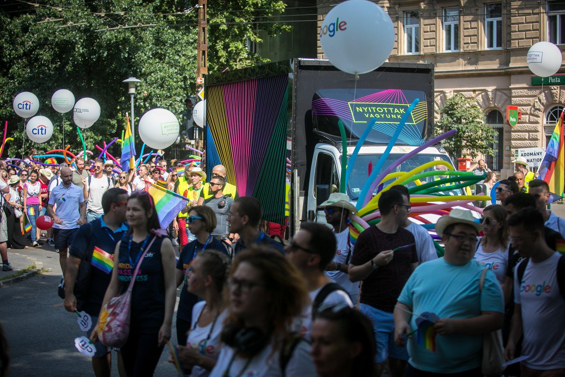 Nem tántorította el a homofób törvény a nyitottságot támogató cégeket