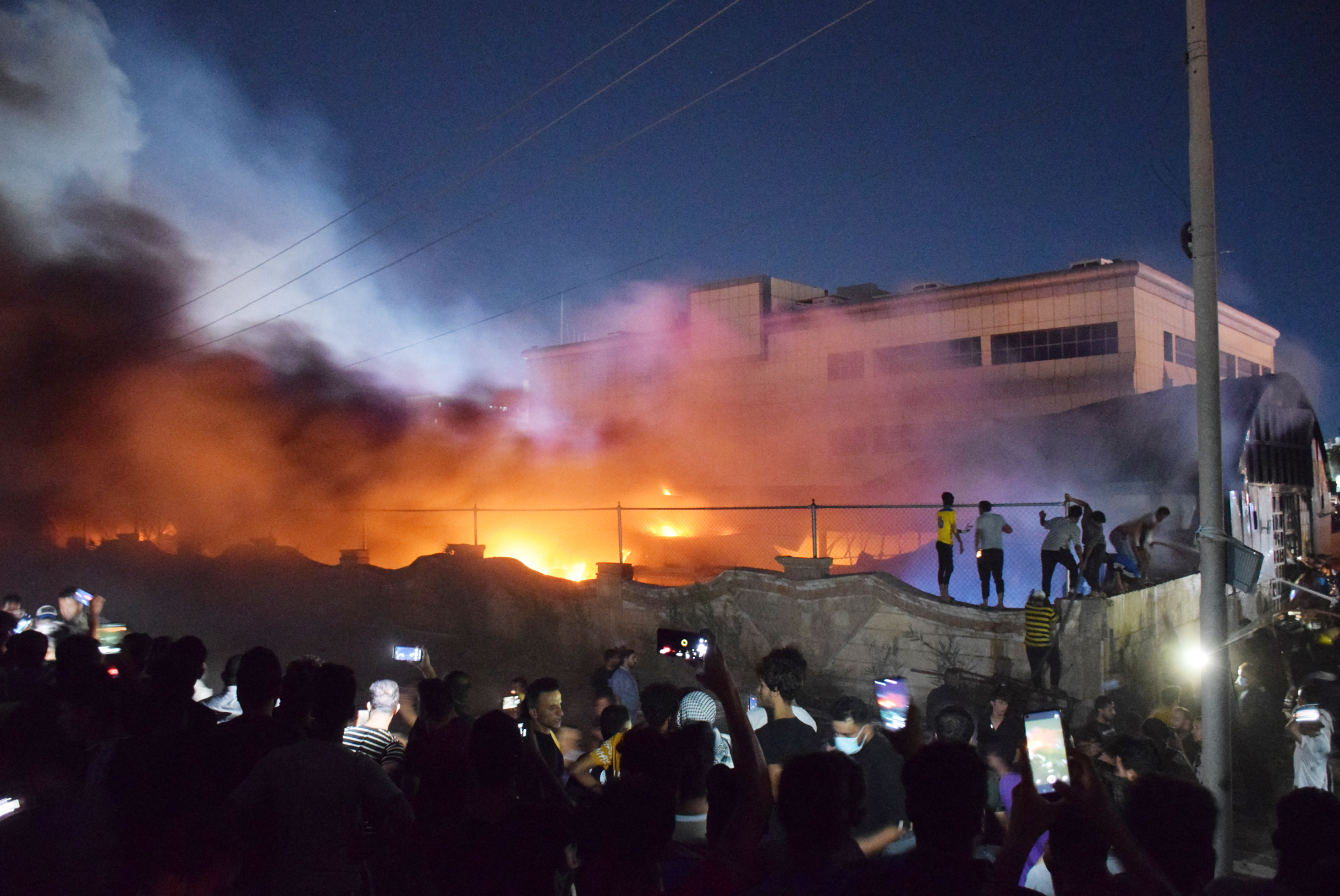 Legalább 50 ember meghalt egy iraki kórháztűzben