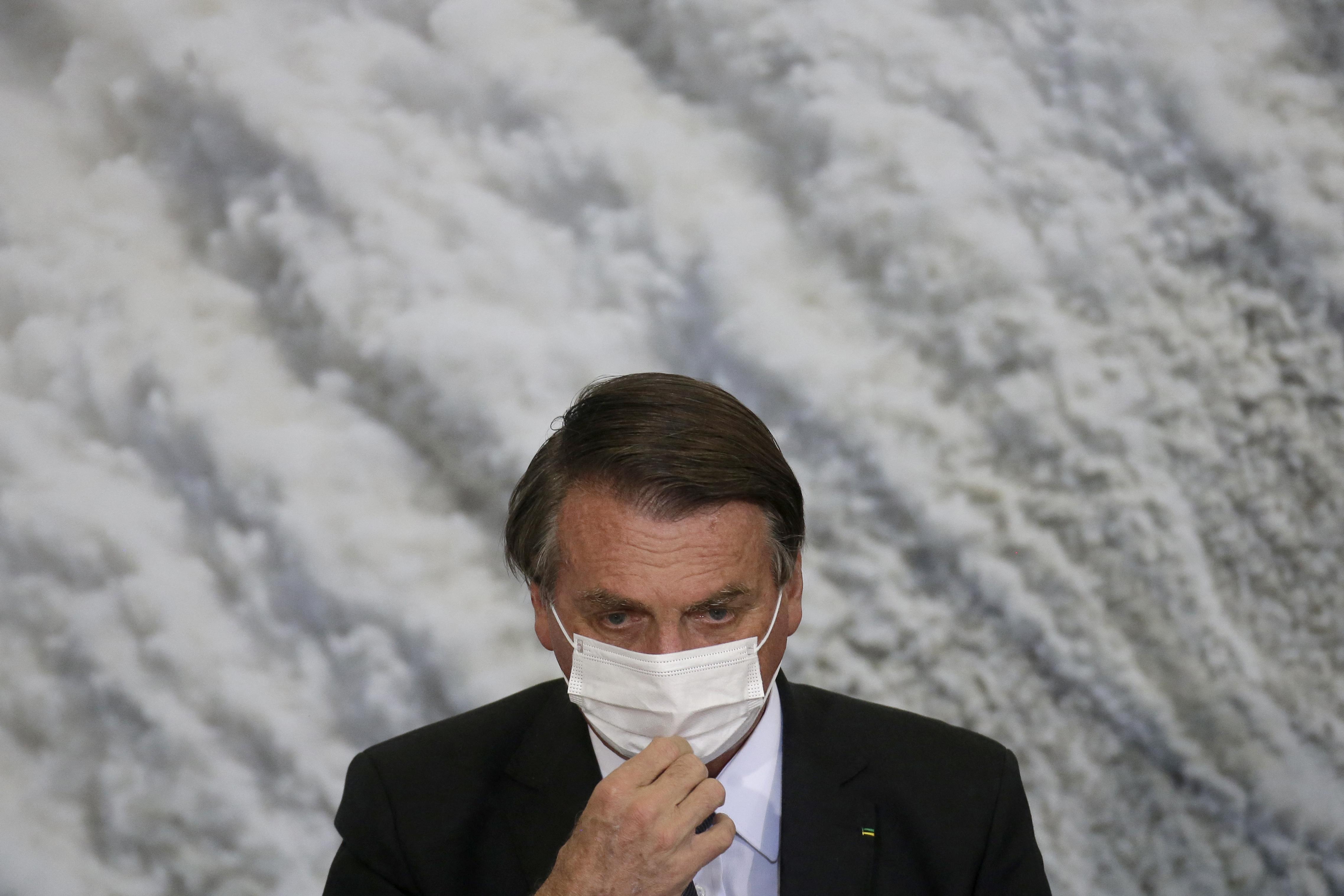 Bolsonaro csuklásából bélelzáródás lett